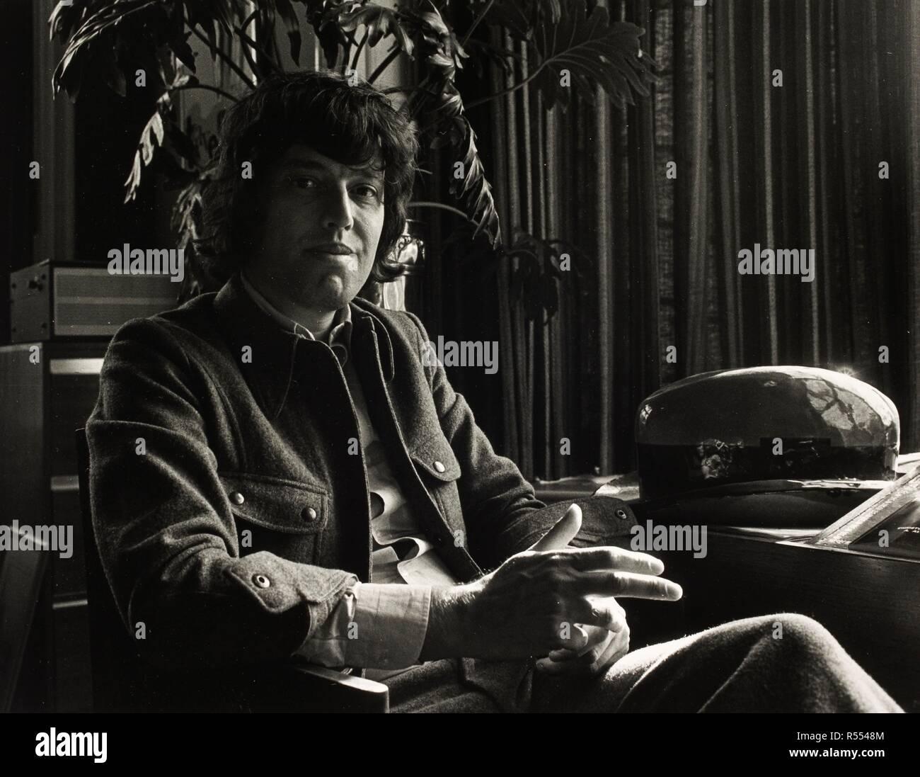 Tom Stoppard 1974. Monochrome. Source: FG2102-2-23. - Stock Image