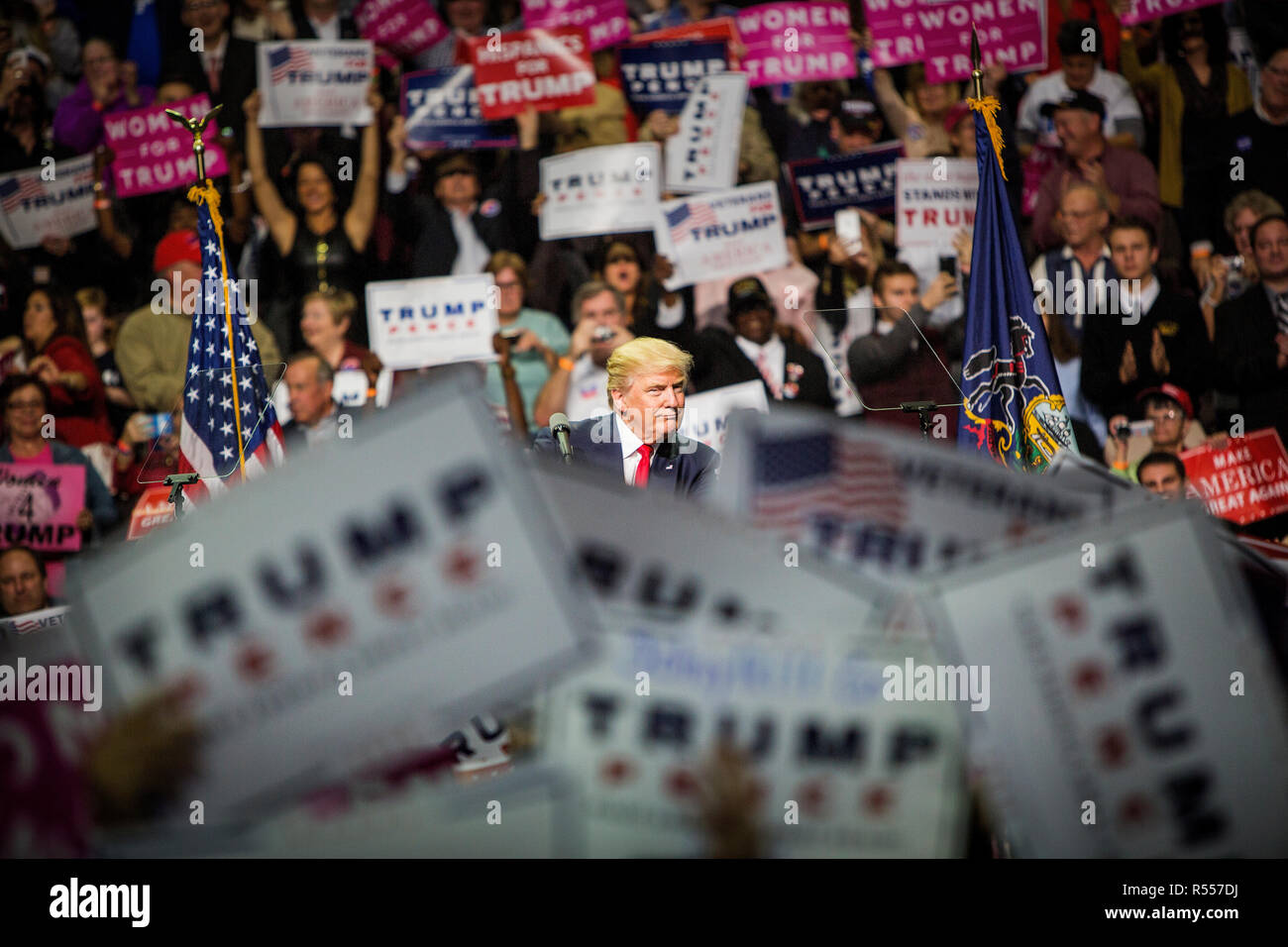 Presidential hopeful Donald J. Trump (R-Ny) campaigns at the Giant Center in Hersey, Pennsylvania. Stock Photo