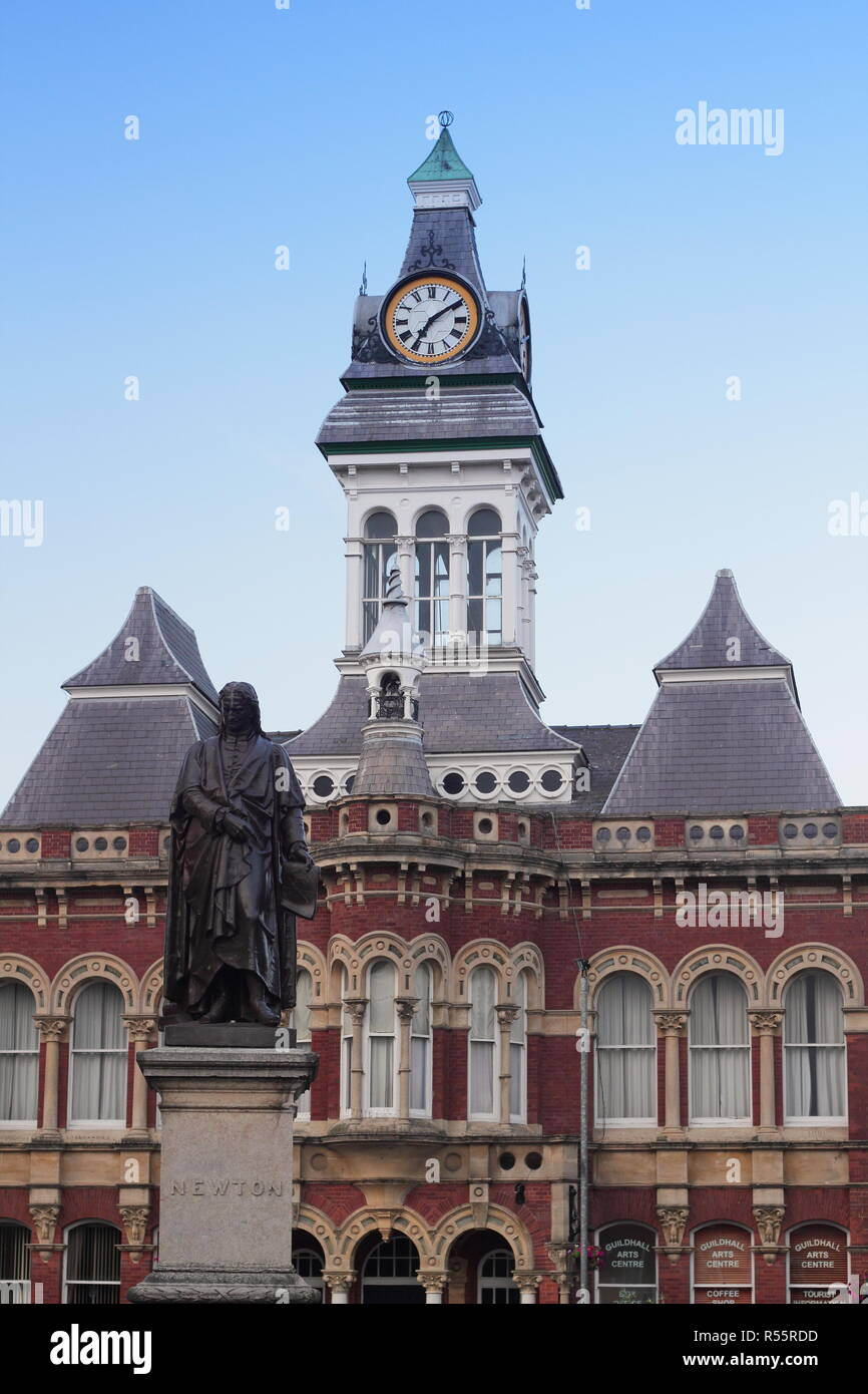 Statue of renowned scientist, Sir Isaac Newton in Grantham town centre, Lincolnshire,England, UK - Stock Image