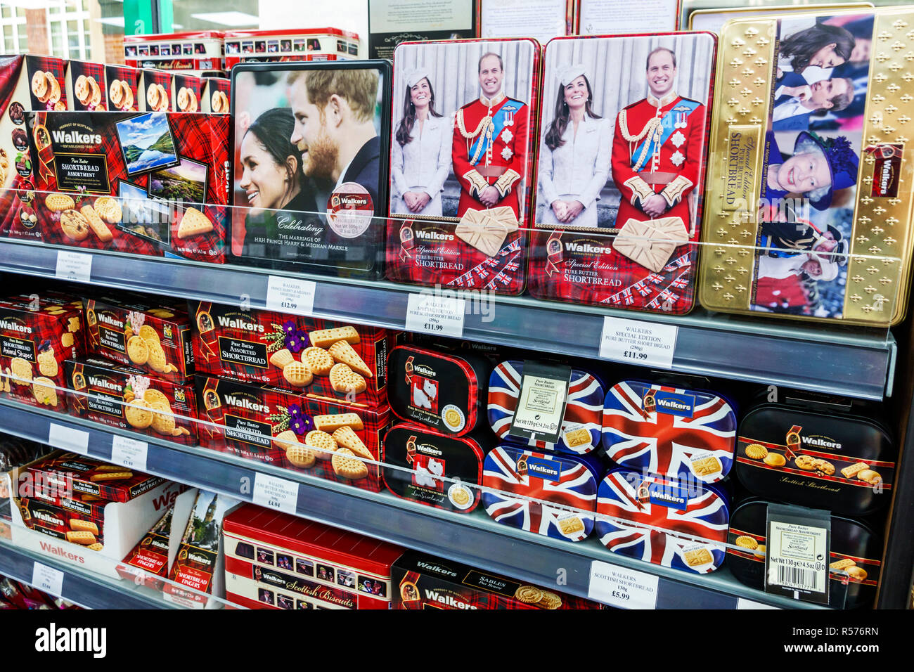 United Kingdom Great Britain England London Westminster Portlands Express convenience store groceries market royals commemorative biscuit tins Walkers - Stock Image