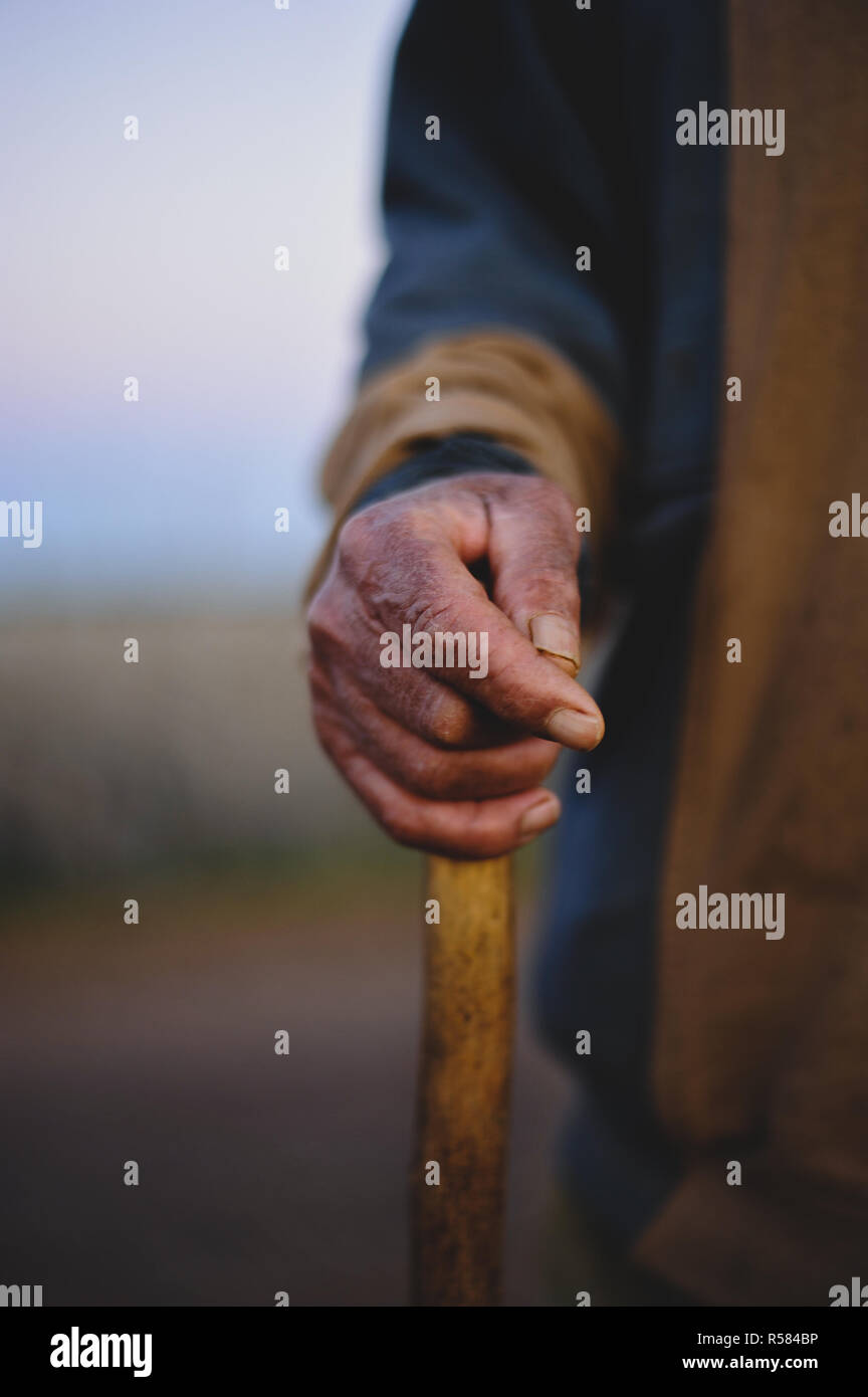 Old arabic man hands. - Stock Image