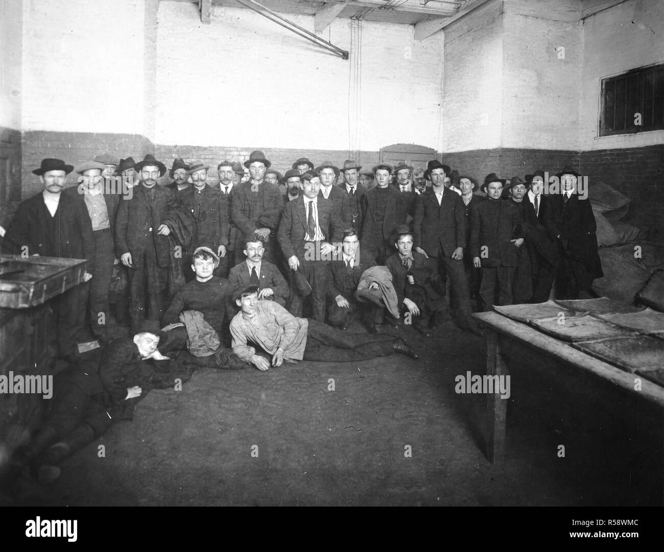 1918 - Arrest of Alien Enemies in U.S.A. - Crew of the Russian steamer Omsk who tried to kill their captain and take the steamer to Russia. Shortly after their arrest at Norfolk, Virginia - Stock Image