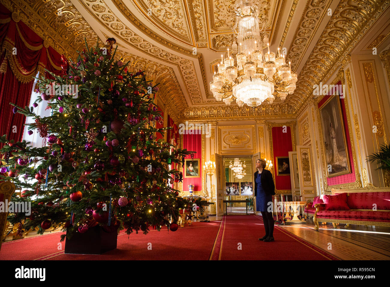 15 Ft Christmas Tree.Windsor Uk 30th November 2018 The State Apartments At