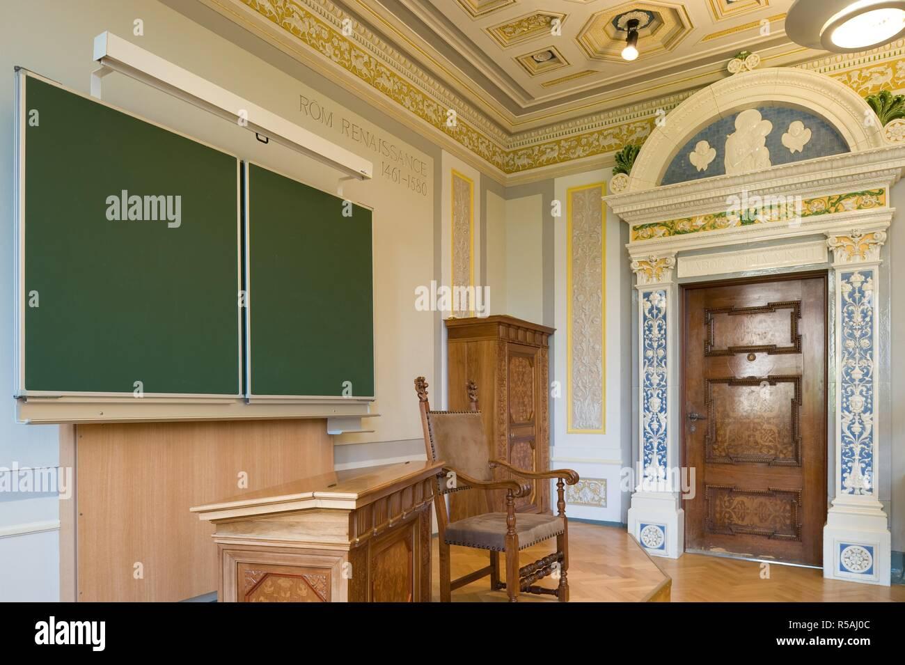 Niederösterreich, Berndorf, Stilklassen in den von Arthur Krupp errichteten Schulen, 1896 - Lower Austria, Berndorf, Style Classrooms, 1896 Stock Photo