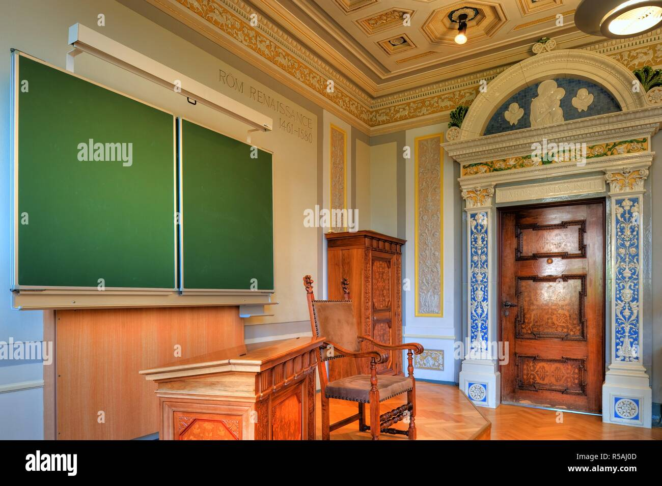 Niederösterreich, Berndorf, Stilklassen in den von Arthur Krupp errichteten Schulen, 1896 - Lower Austria, Berndorf, Style Classrooms, 1896 Stock Photo