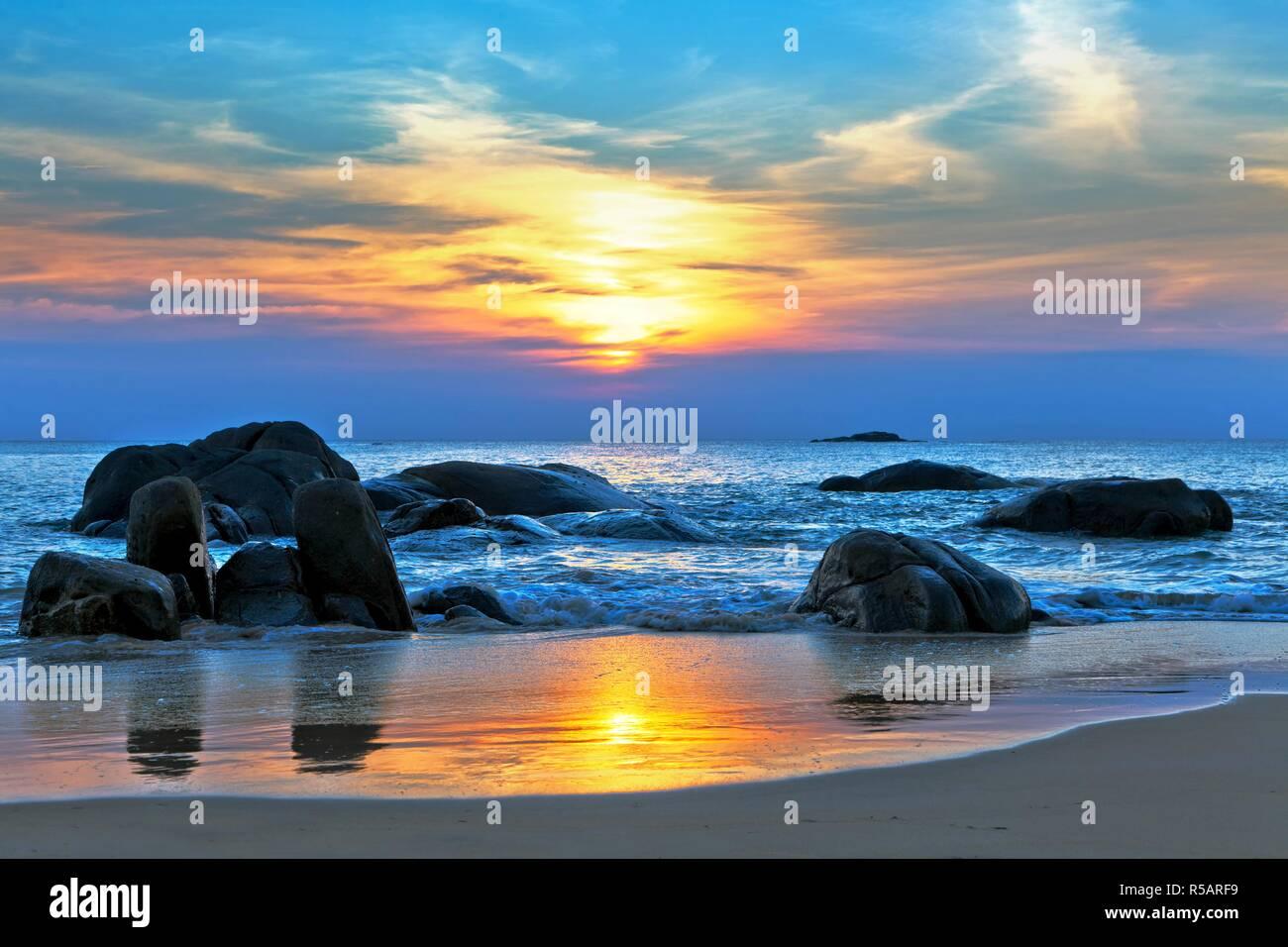8K Sunset Photo in Hawaii - Stock Image