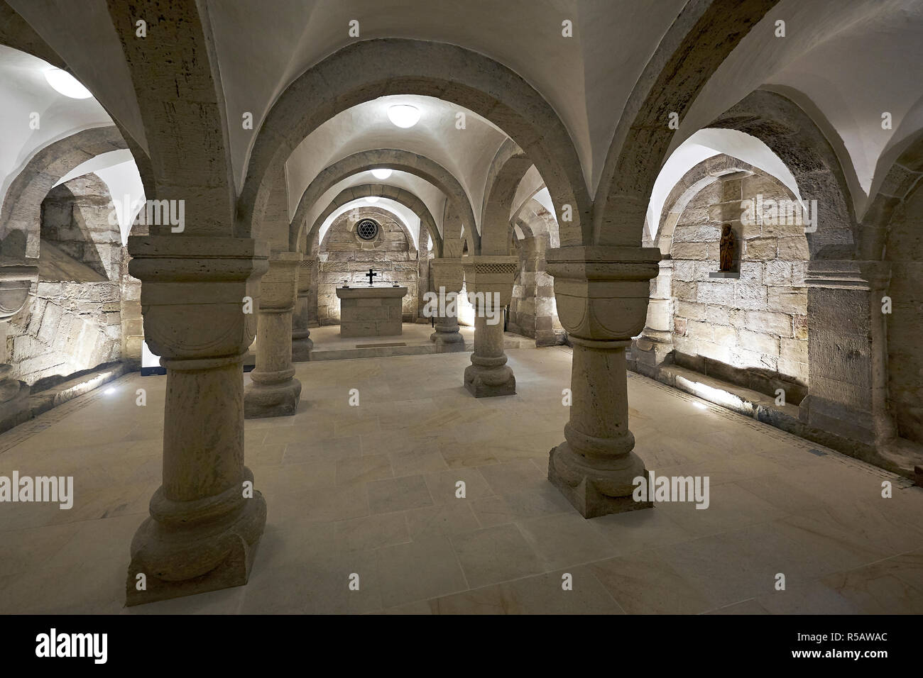 Interior view of the Romanesque crypt from the cathedral to the Holy Cross Nordhausen, Thuringia, Germany - Stock Image