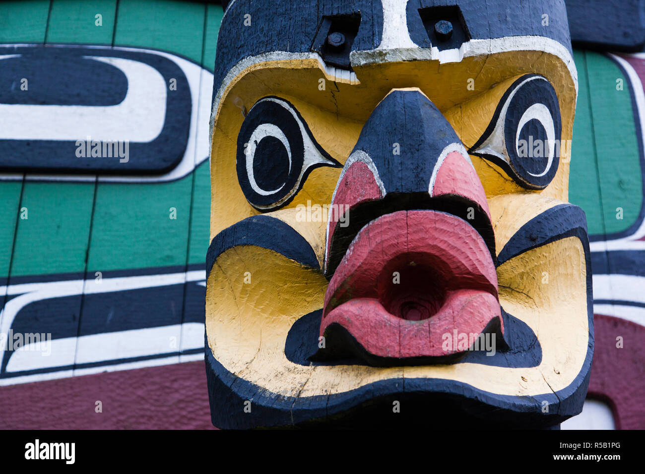 Canada, British Columbia, Vancouver Island, Victoria, First Nation Totem Pole, Thunderbird Park - Stock Image