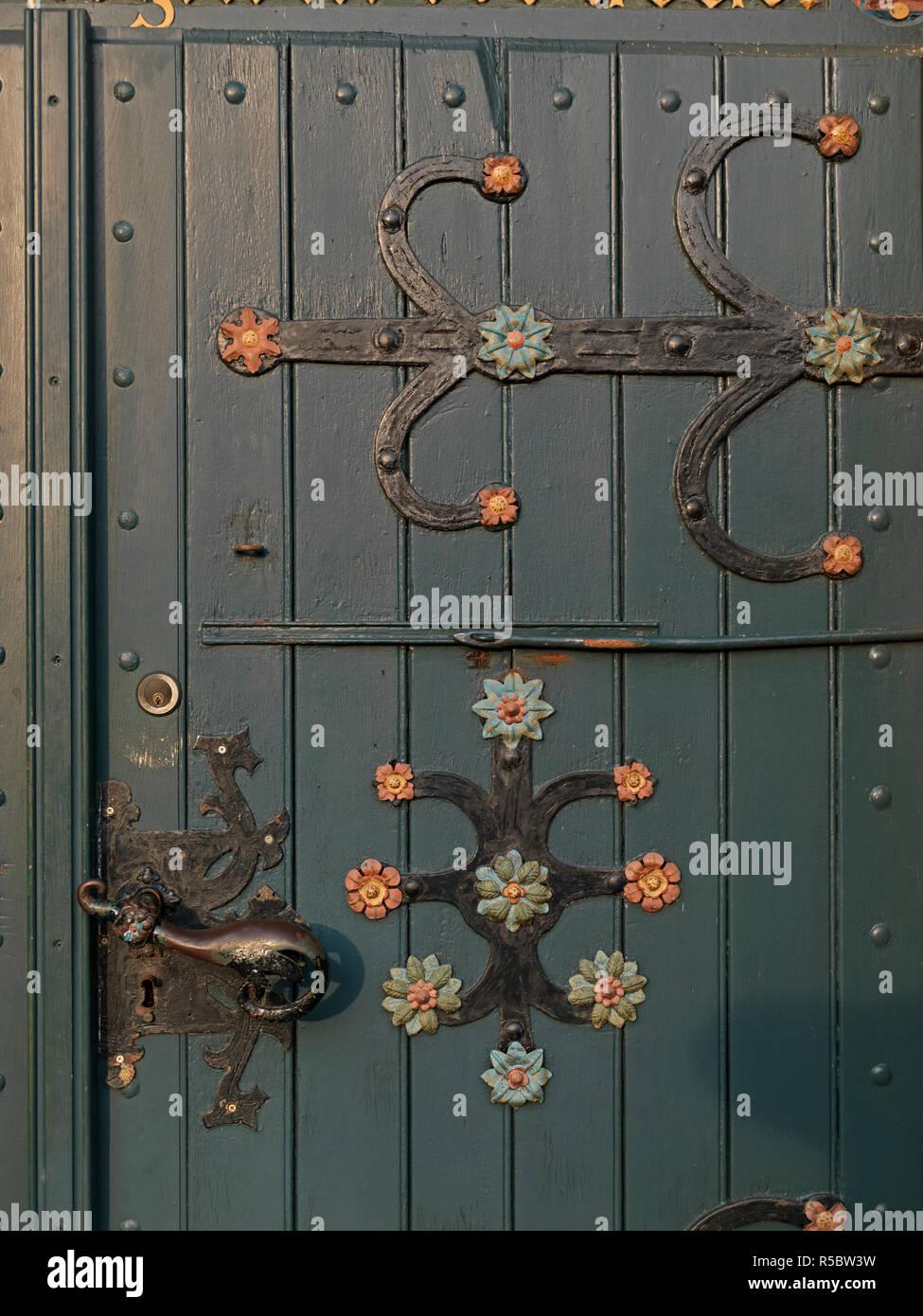 Tür von der St. Matthias Kirche, Jork, Landkreis Stade, Niedersachsen, Deutschland Stock Photo