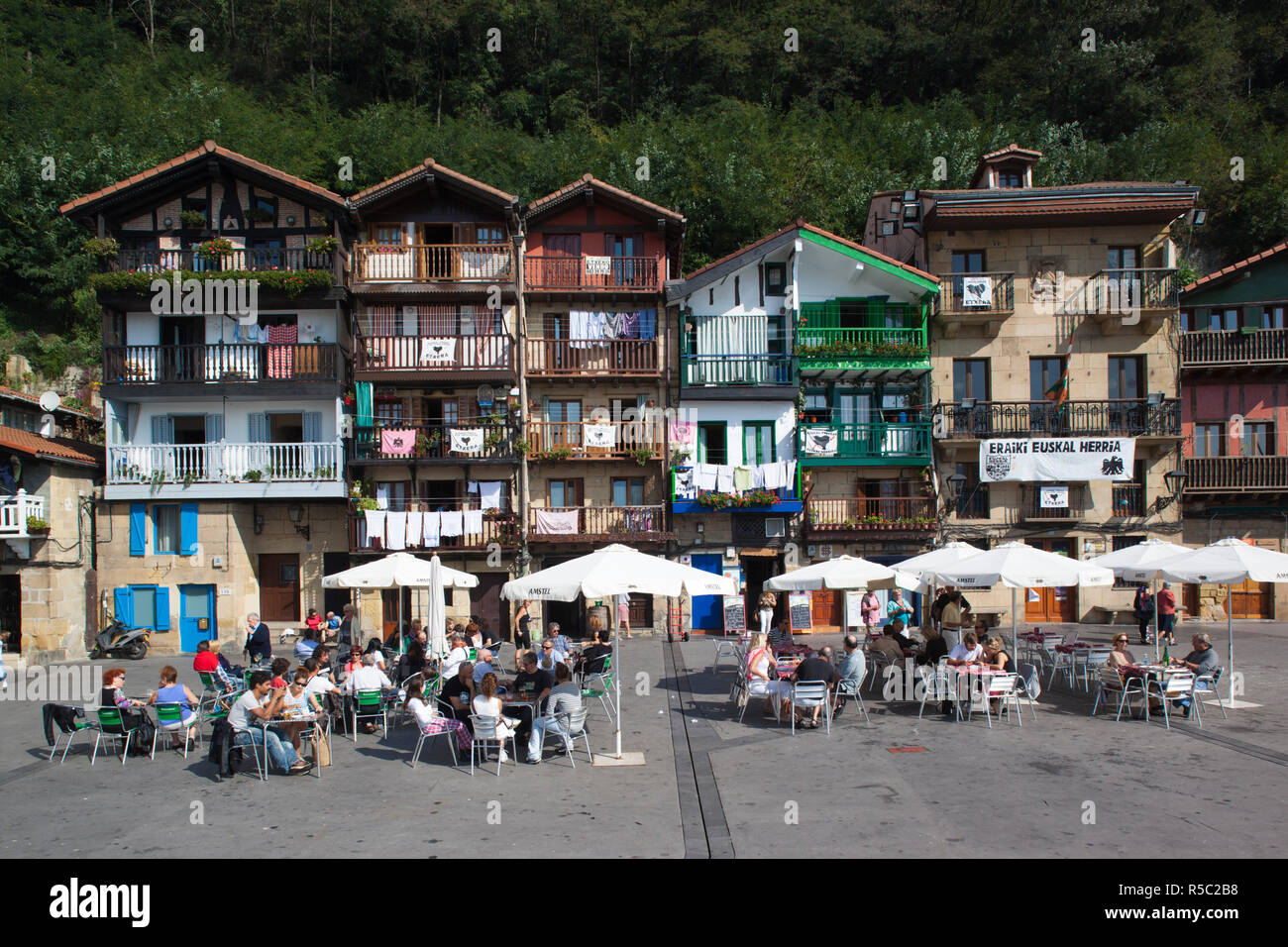 Spain, Basque Country Region, Guipuzcoa Province, Pasaia, Village of Pasai Donibane, small fishing port detail - Stock Image