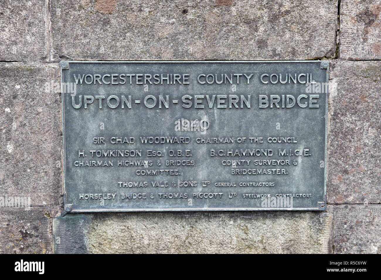 Plaque on the Upton-Upon-Severn bridge, also known as Upton-On-Severn, taken in Upton-Upon-Severn, Worcestershire, UK - Stock Image