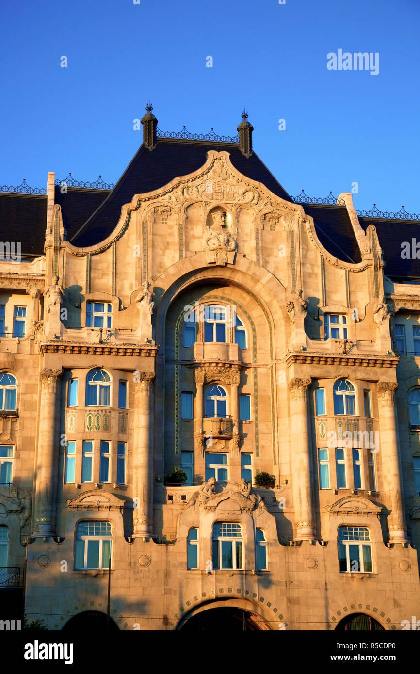 Four Seasons Hotel, Gresham Palace, Budapest, Hungary - Stock Image