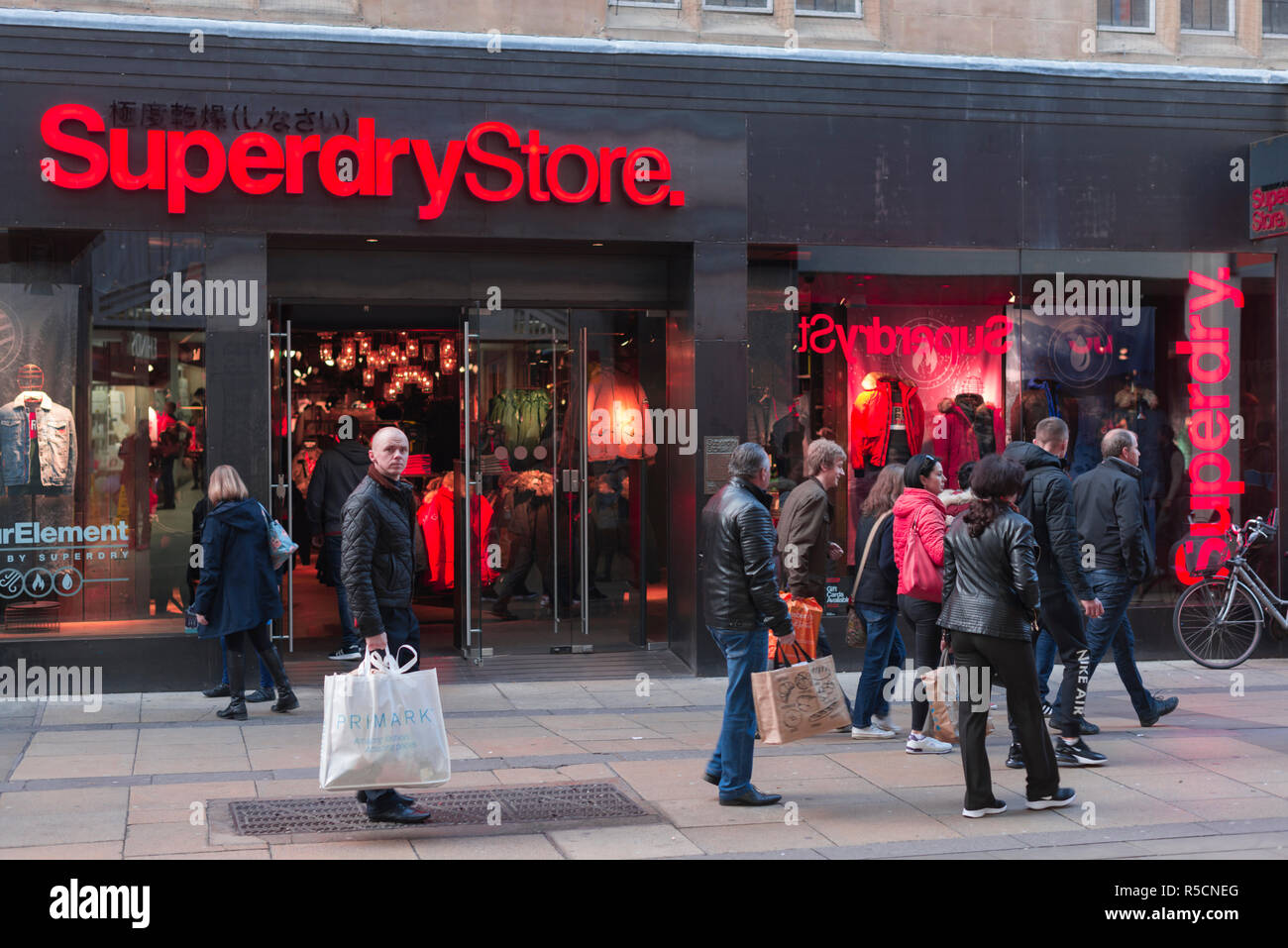 buy online ea9b9 339f4 Store Storefront Shop Shops Stock Photos & Store Storefront ...