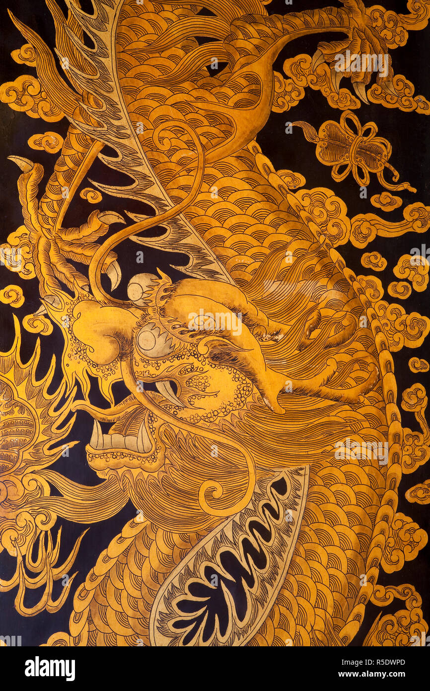 South East Asia, Singapore, Thian Hock Keng temple in Chinatown, Detail of historic oriental art painted on the wooden doors of the main entrance - Stock Image