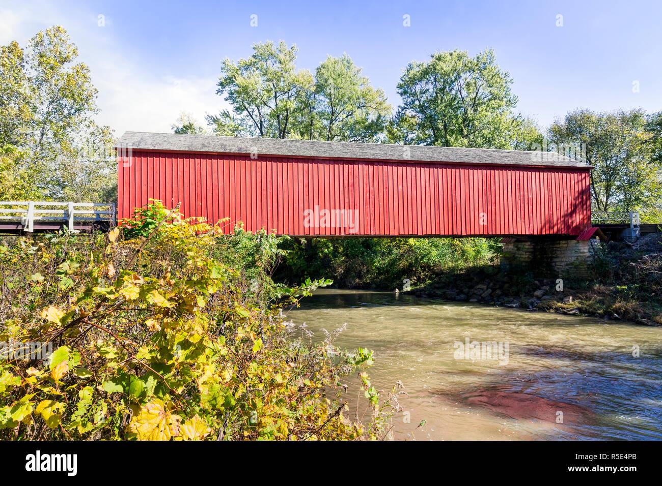 Built in 1863, Red Bridge, a covered bridge near Princeton, Illinois, spans Big Bureau Creek. Stock Photo