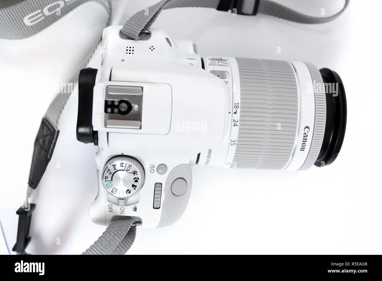 Camera Canon 100d eos, lens efs 18-55mm, editorial, illustrative - Stock Image