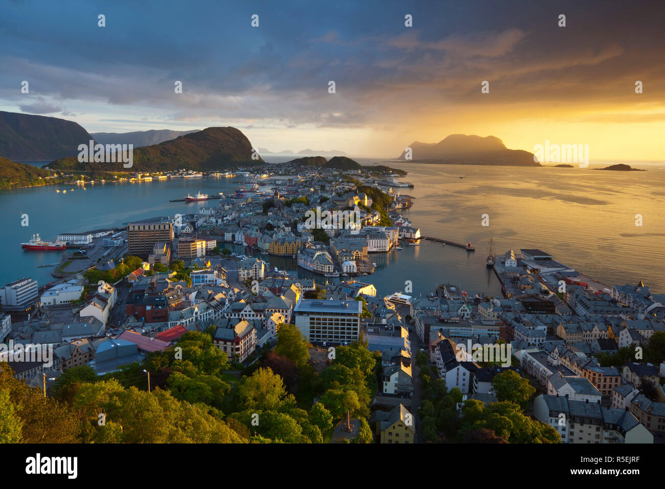 Elevated view over Alesund at sunset, Sunnmore, More og Romsdal, Norway - Stock Image