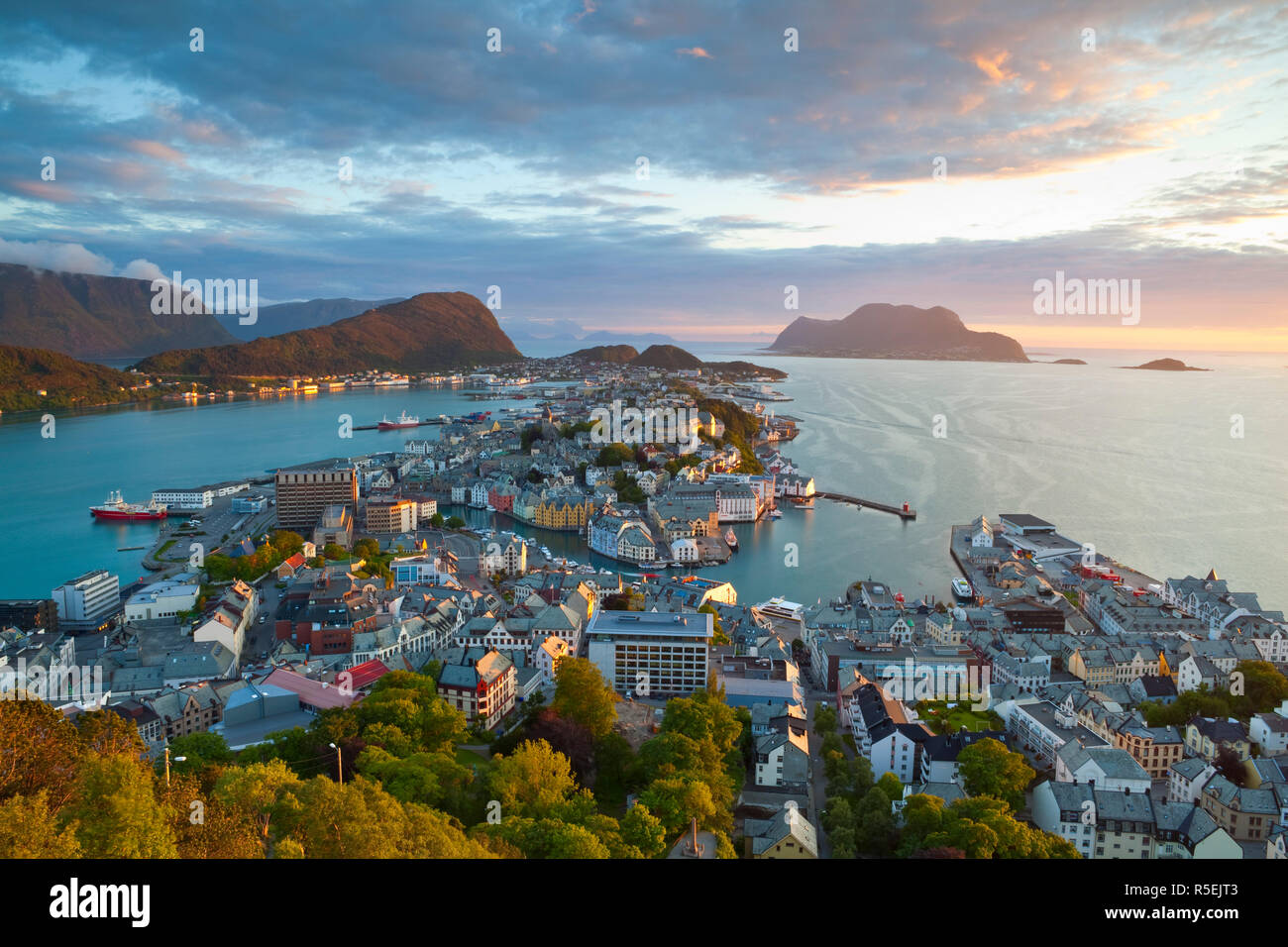 Elevated view over Alesund, Sunnmore, More og Romsdal, Norway - Stock Image