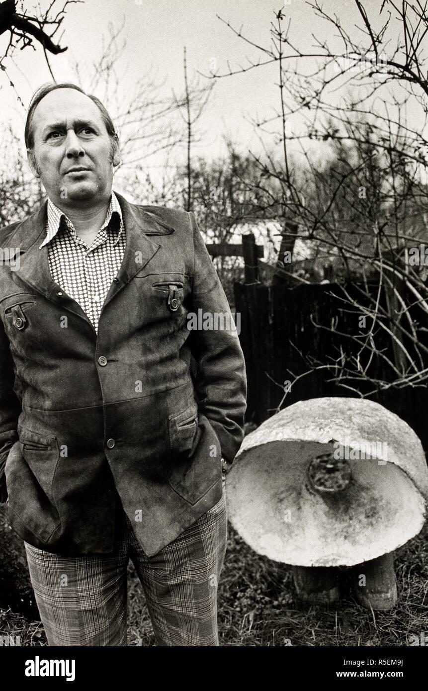 J G Ballard. J G Ballard  Photograph by Fay Godwin. . Source: FG2744-3-14a. Stock Photo