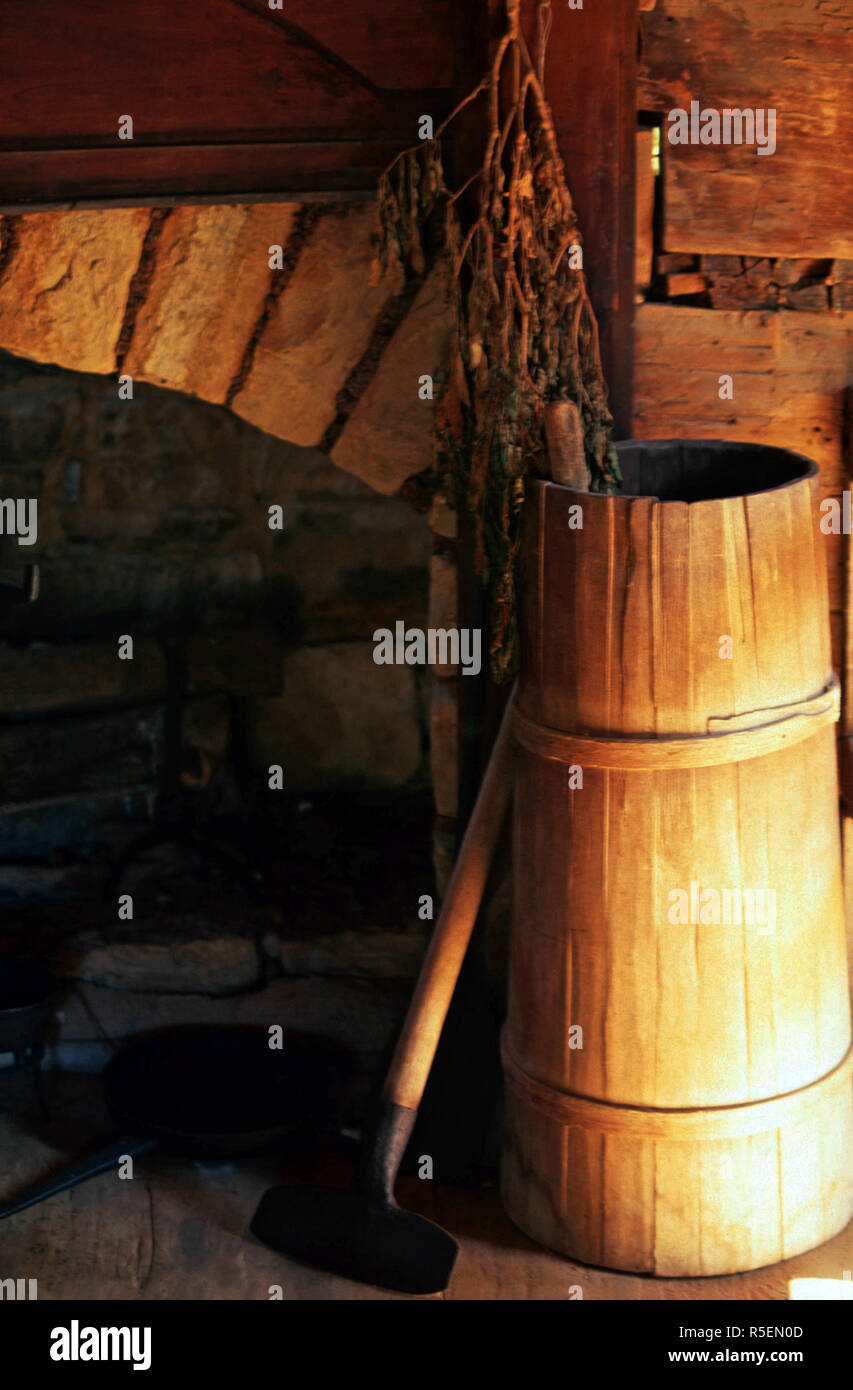 Butter churn,Museum of the Appalachia,Tennessee Stock Photo