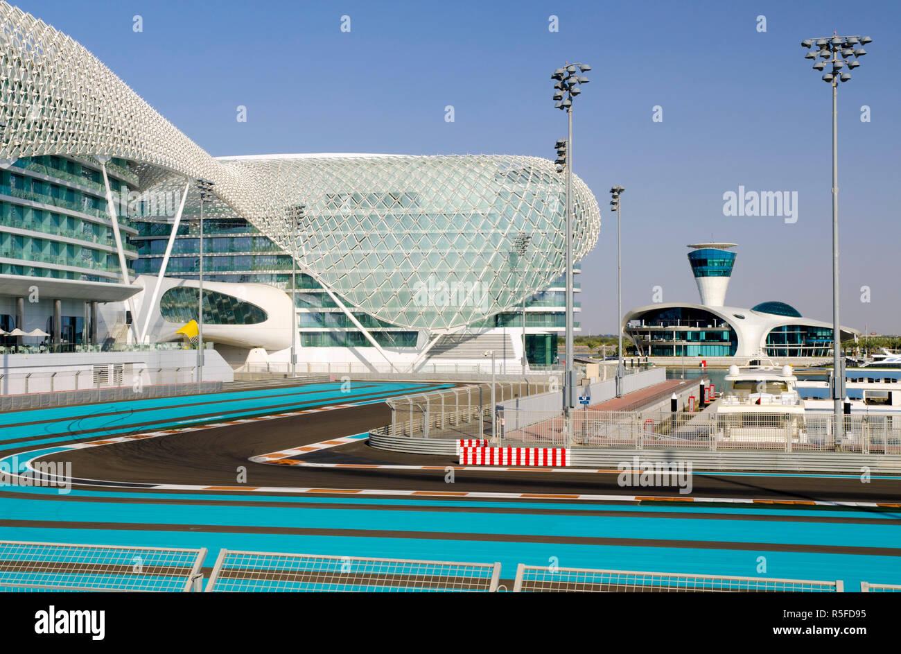 United Arab Emirates, Abu Dhabi, Yas Island, The Yas Hotel and Yas Marina Grand Prix Motor Racing Circuit Stock Photo