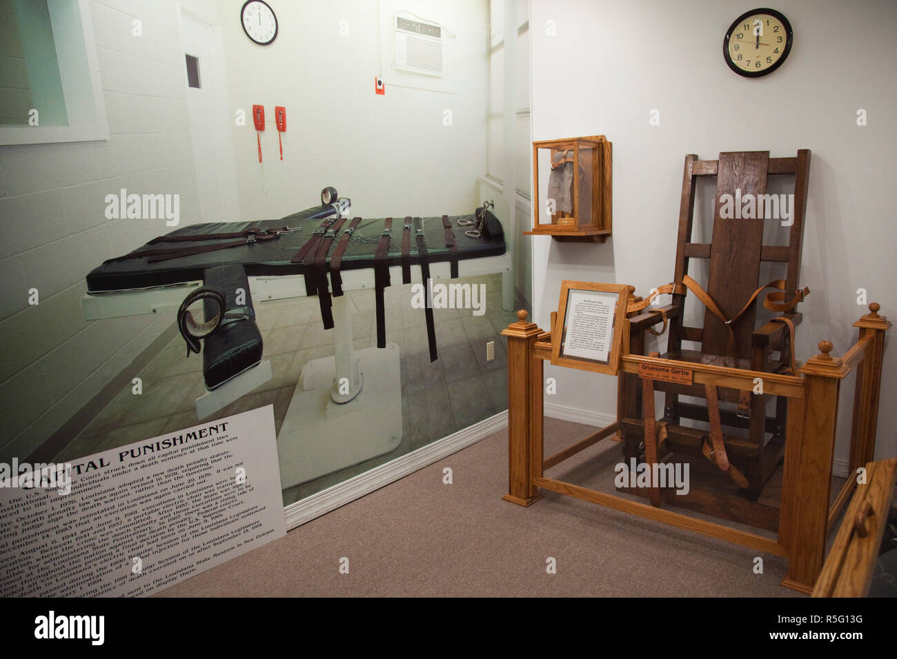 USA, Louisiana, Angola, Louisiana State Penitentiary Museum, Gruesome Gertie, electric chair used for prison executions - Stock Image