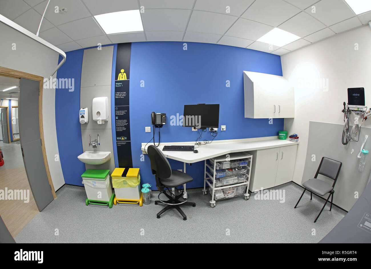 Majors treatment room in the new Emergency Department at Croydon University Hospital, opened December 2018 - Stock Image