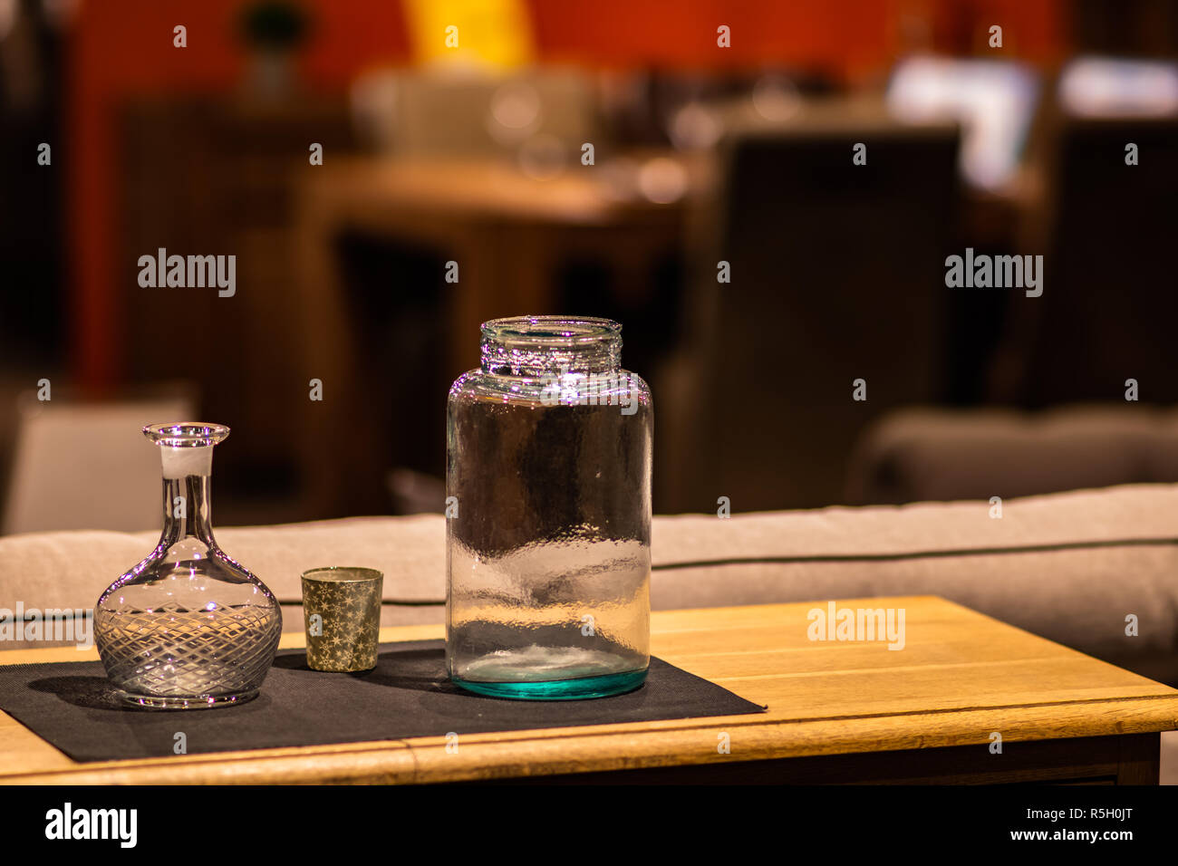 Diner Table Decoration Are Always Attractive For A Cozy Interior Stock Photo Alamy