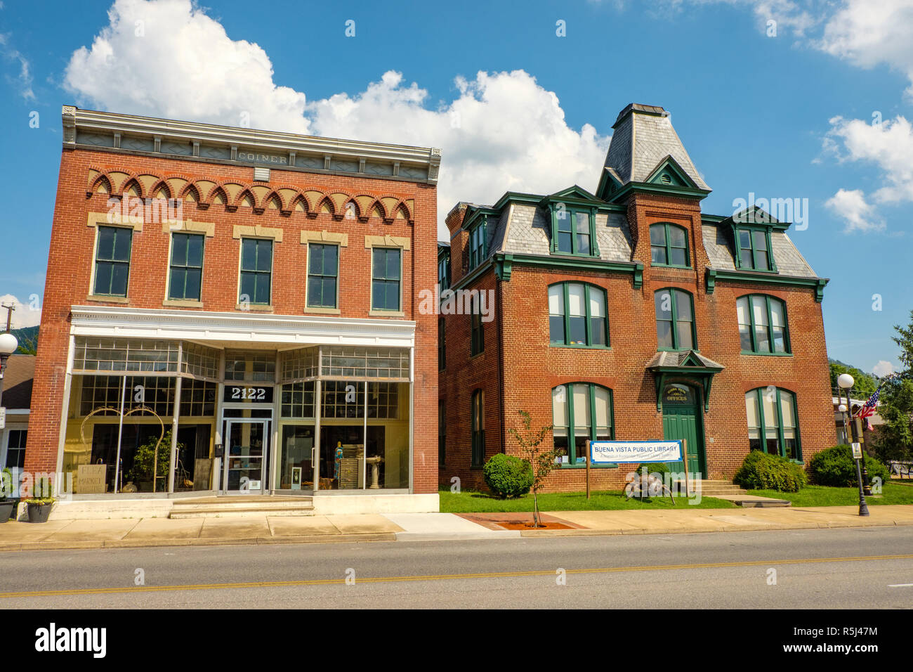 Coiner Building and Old Courthouse, 2110-2122 Magnolia Avenue, Buena Vista, Virginia - Stock Image
