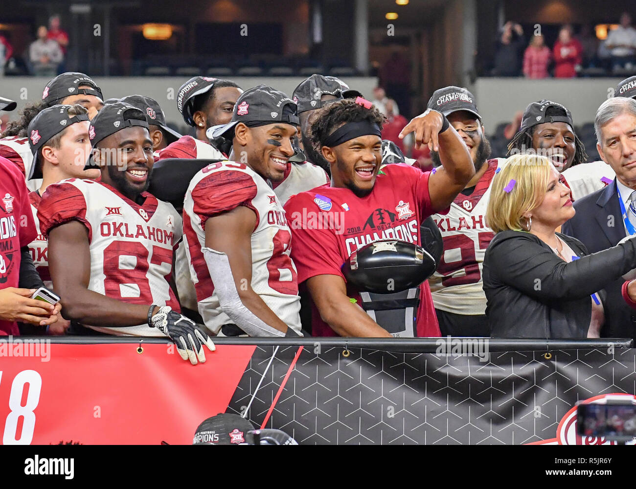 reputable site c79c3 530b6 December 01, 2018: Oklahoma Sooners quarterback Kyler Murray ...