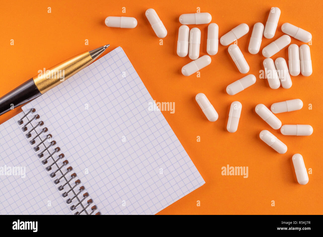 Pills Notebook Stock Photos Pills Notebook Stock Images Alamy
