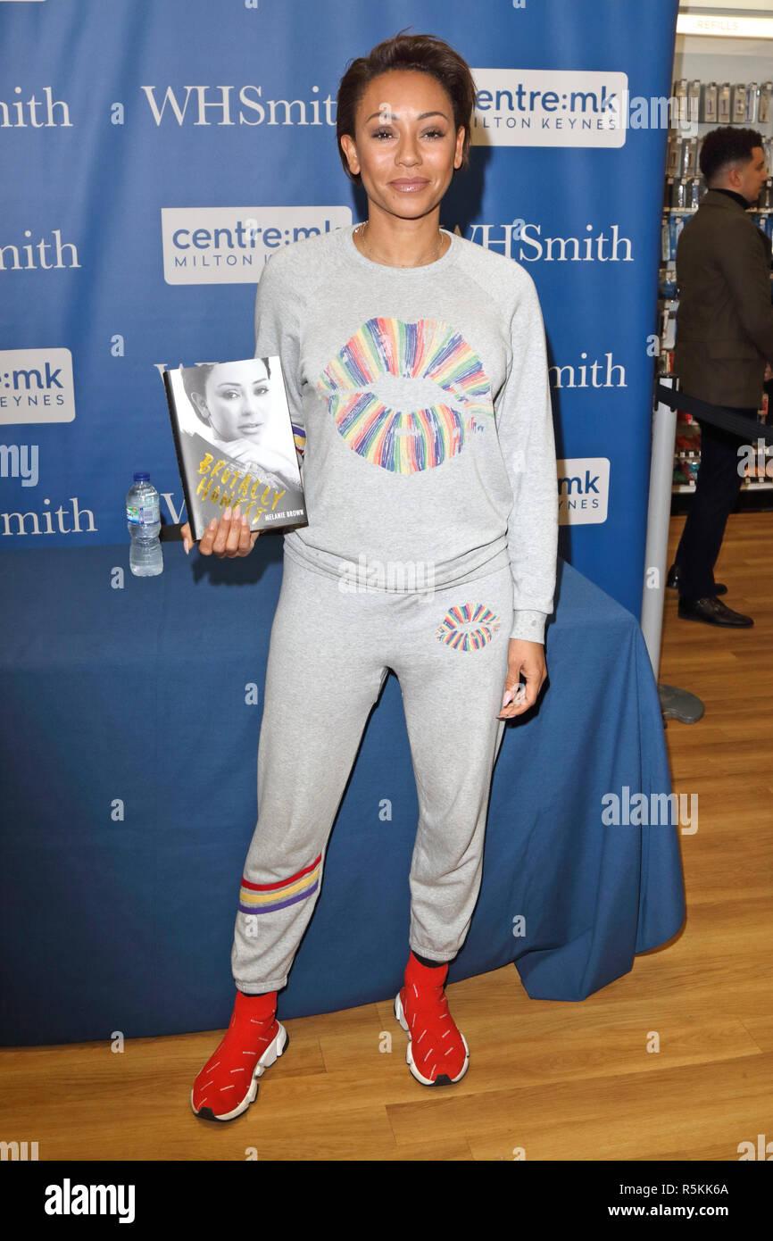 Melanie Brown, aka Mel B seen signing her biography 'Brutally Honest' at WHSmith bookstore in Milton Keynes. - Stock Image