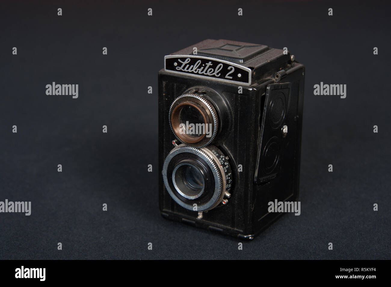 Vintage roll film camera known as the Lubitel 2 Stock Photo