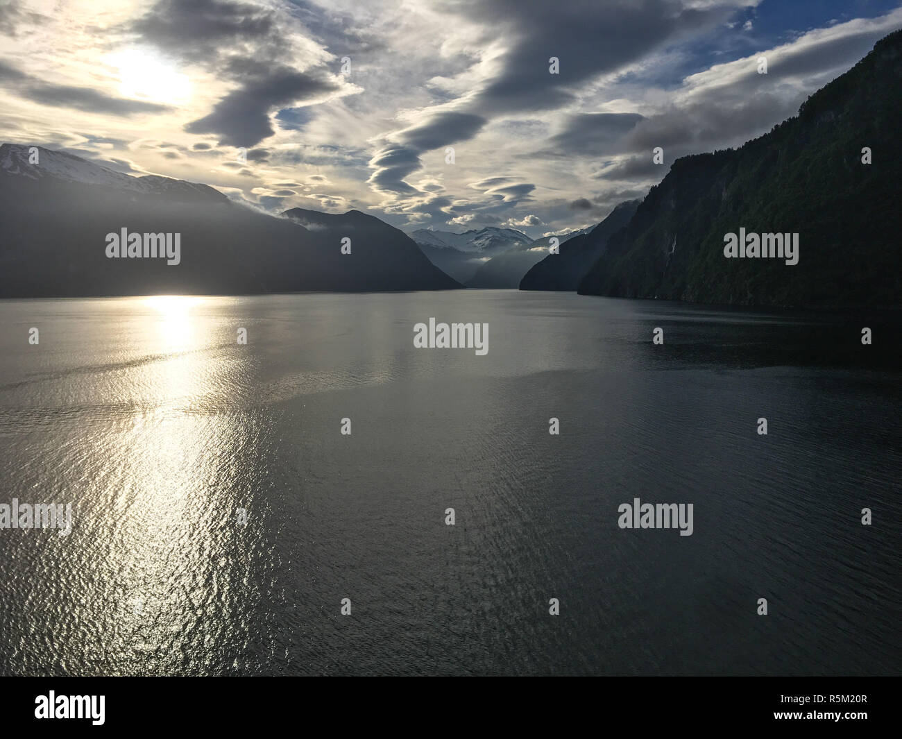 midnight sun at the gairangerfjord - Stock Image
