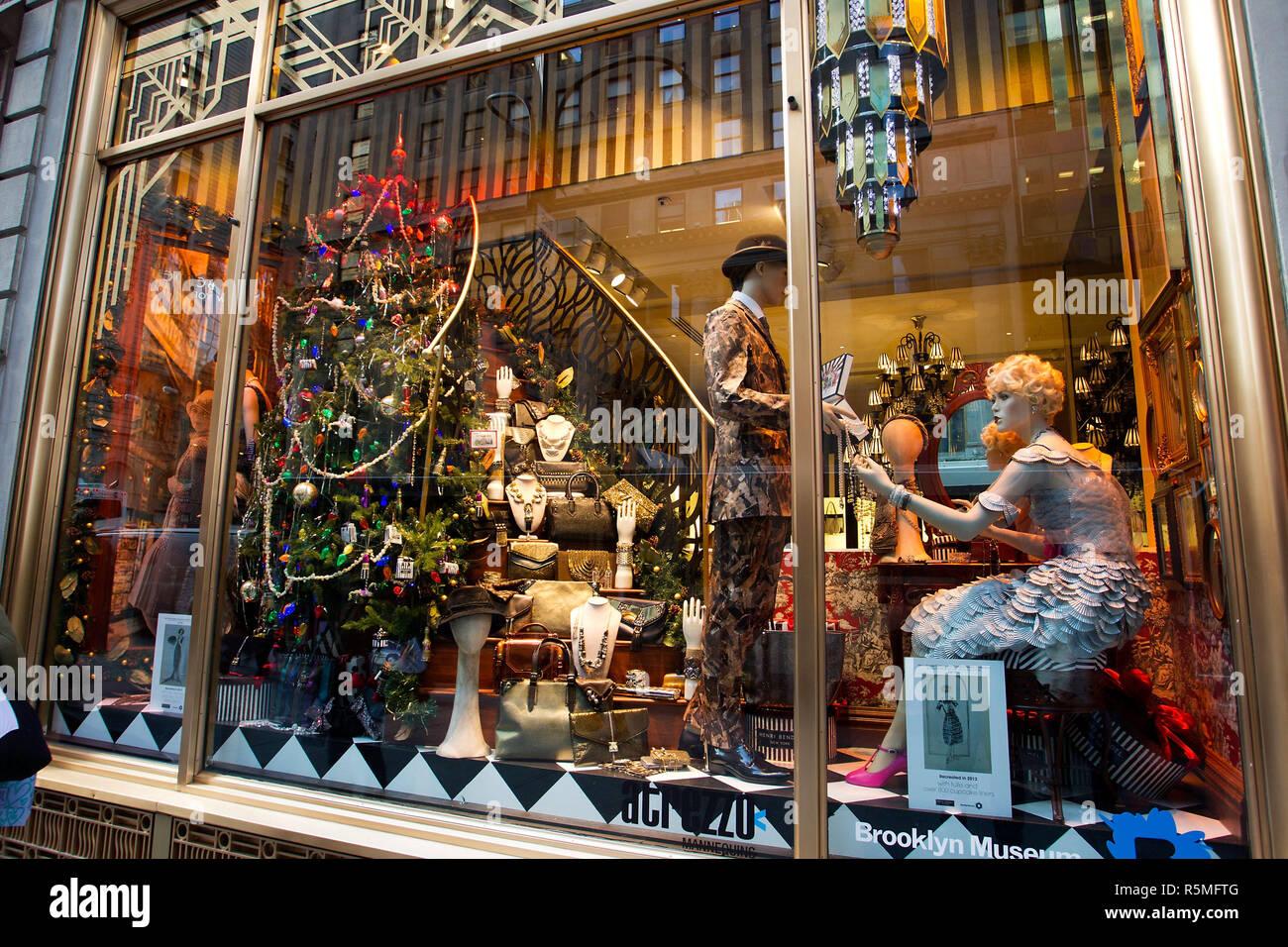 Watch - New city york holiday windows video