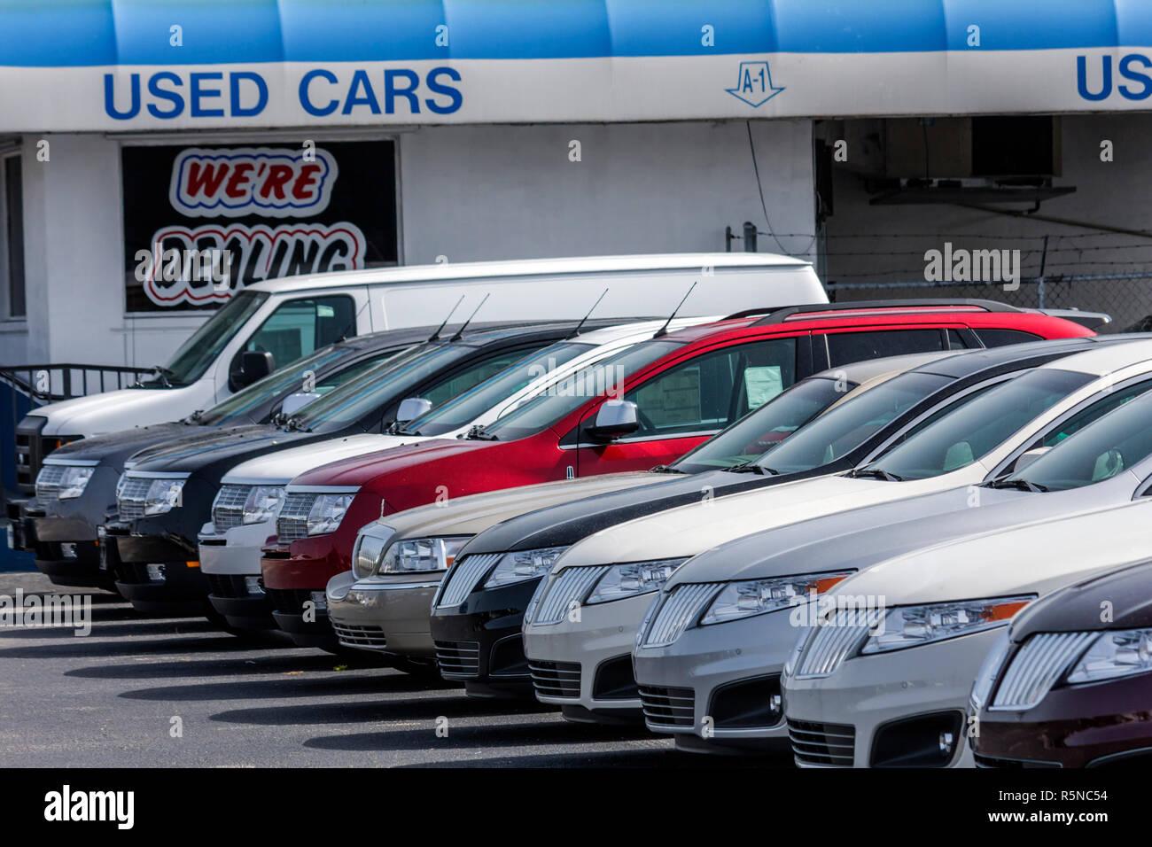 Used Cars Miami >> Miami Florida Metro Ford Mercury Business Used Car Dealer Lot Car