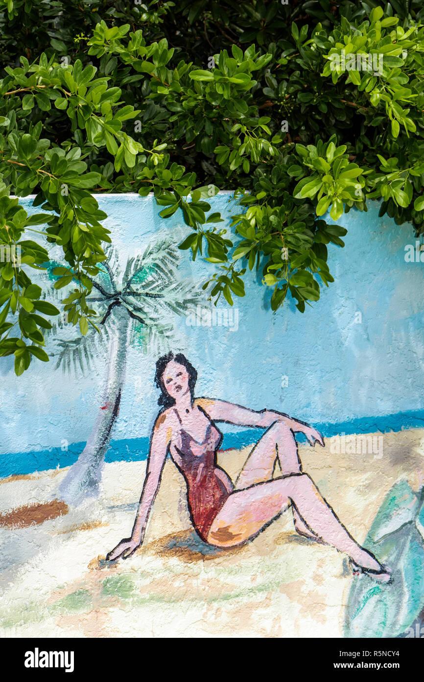 Key Largo Florida Keys US Route 1 Overseas Highway Popp's Motel lodging family business wall mural sunbather kitsch - Stock Image