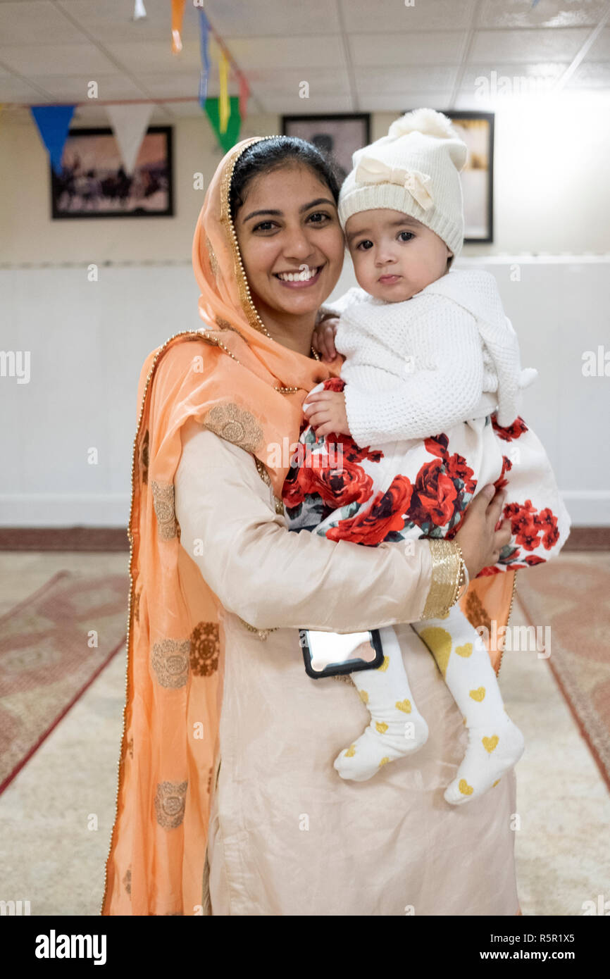 582b8769f Sikhism Baby Stock Photos   Sikhism Baby Stock Images - Alamy