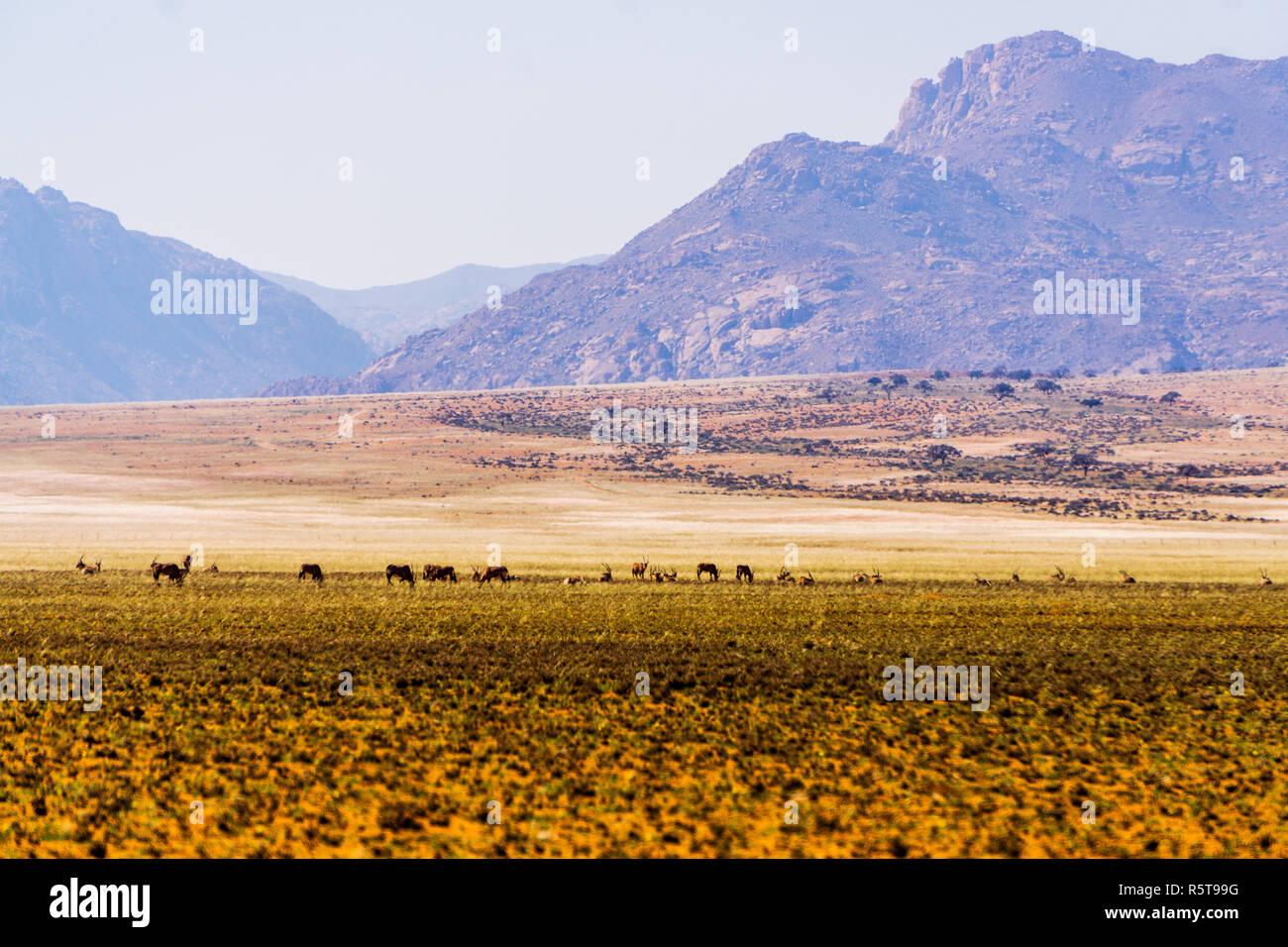 namibia desert mountains d707 sky - Stock Image