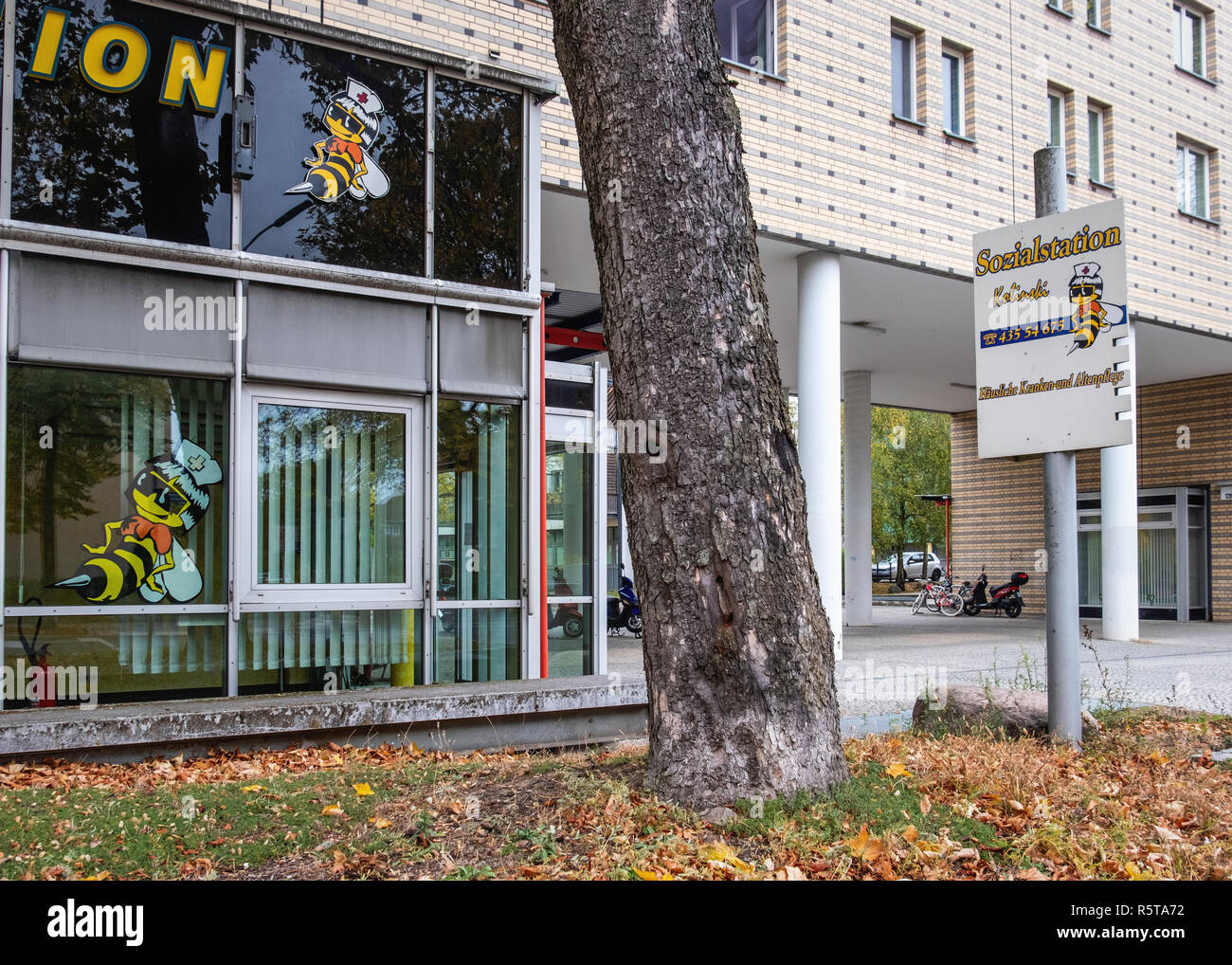 Berlin. Social Station Kolinski office. Providers of outpatient home nursing and home health care in Bernauer strasse. - Stock Image