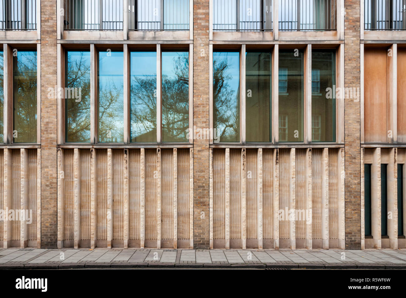 The West Court of Jesus College, Jesus Lane, Cambridge.  Designed by Niall McLaughlin Architects. - Stock Image