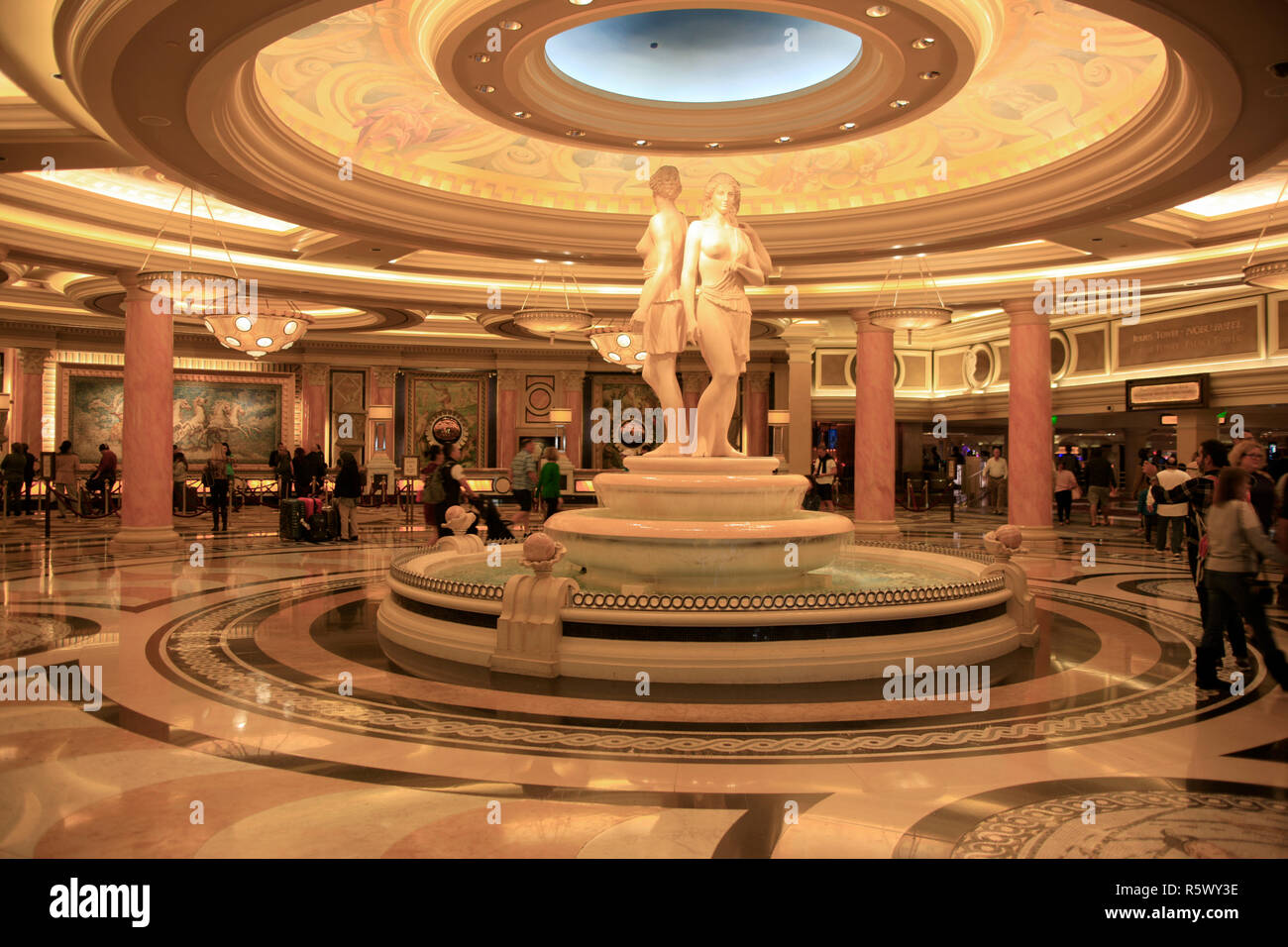 People At The Check In Desks And Foyer At Caesars Palace