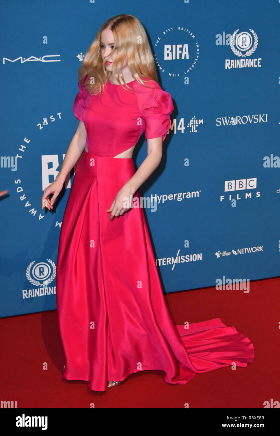 London, UK. 02nd Dec, 2018. Ellie Bamber attends Annual ceremony working to highlight and reward the best, most innovative and creative independent film-makers in the UK, at Old Billingsgate Market Credit: Nils Jorgensen/Alamy Live News - Stock Image