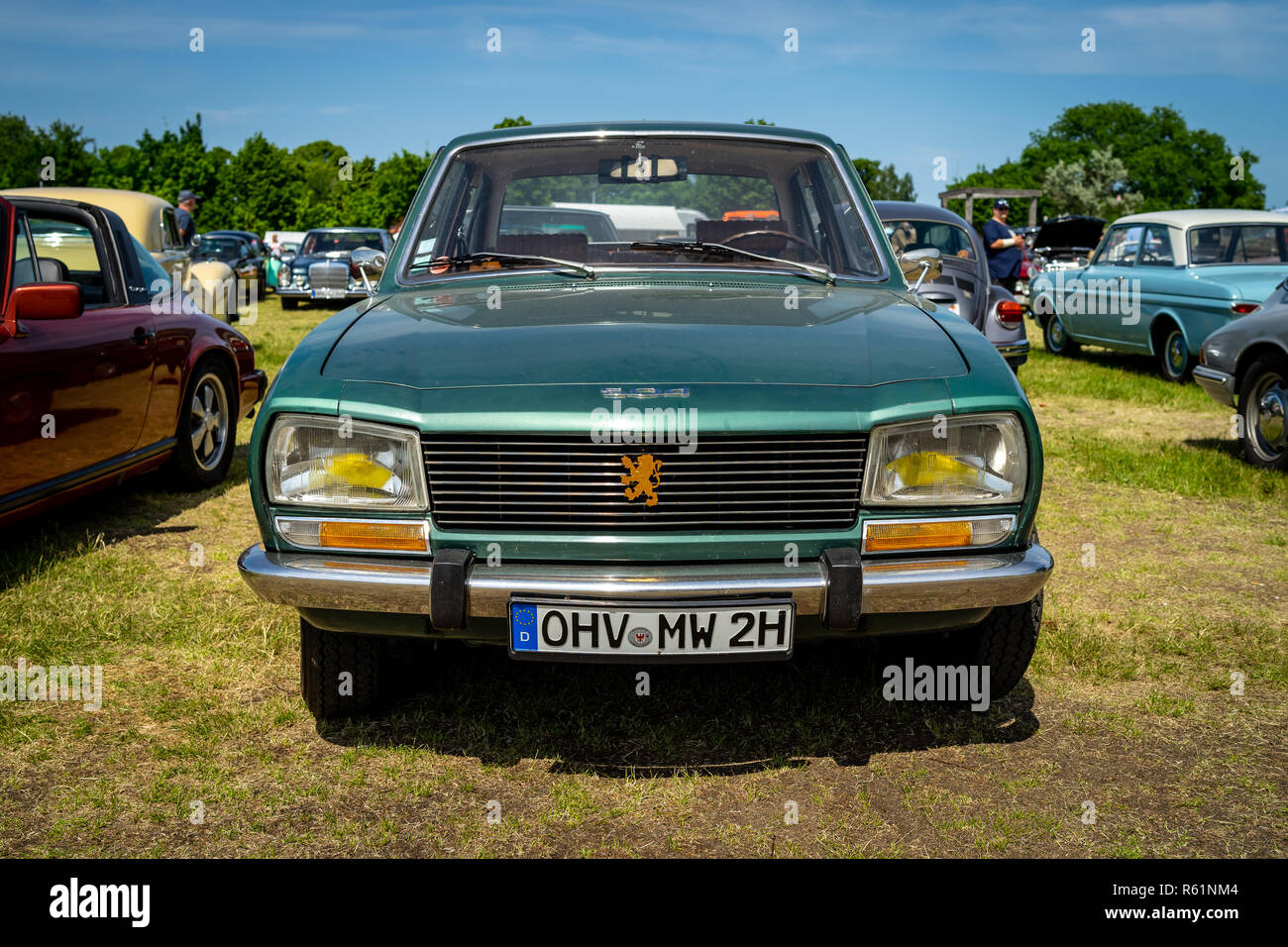 Paaren Im Glien Germany May 19 2018 Large Family Car Peugeot