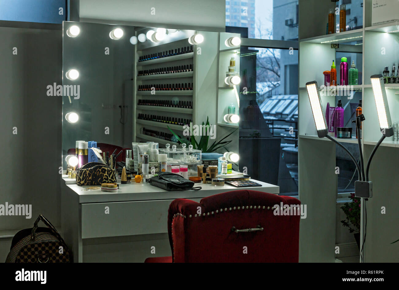 Makeup room at film studio Stock Photo - Alamy