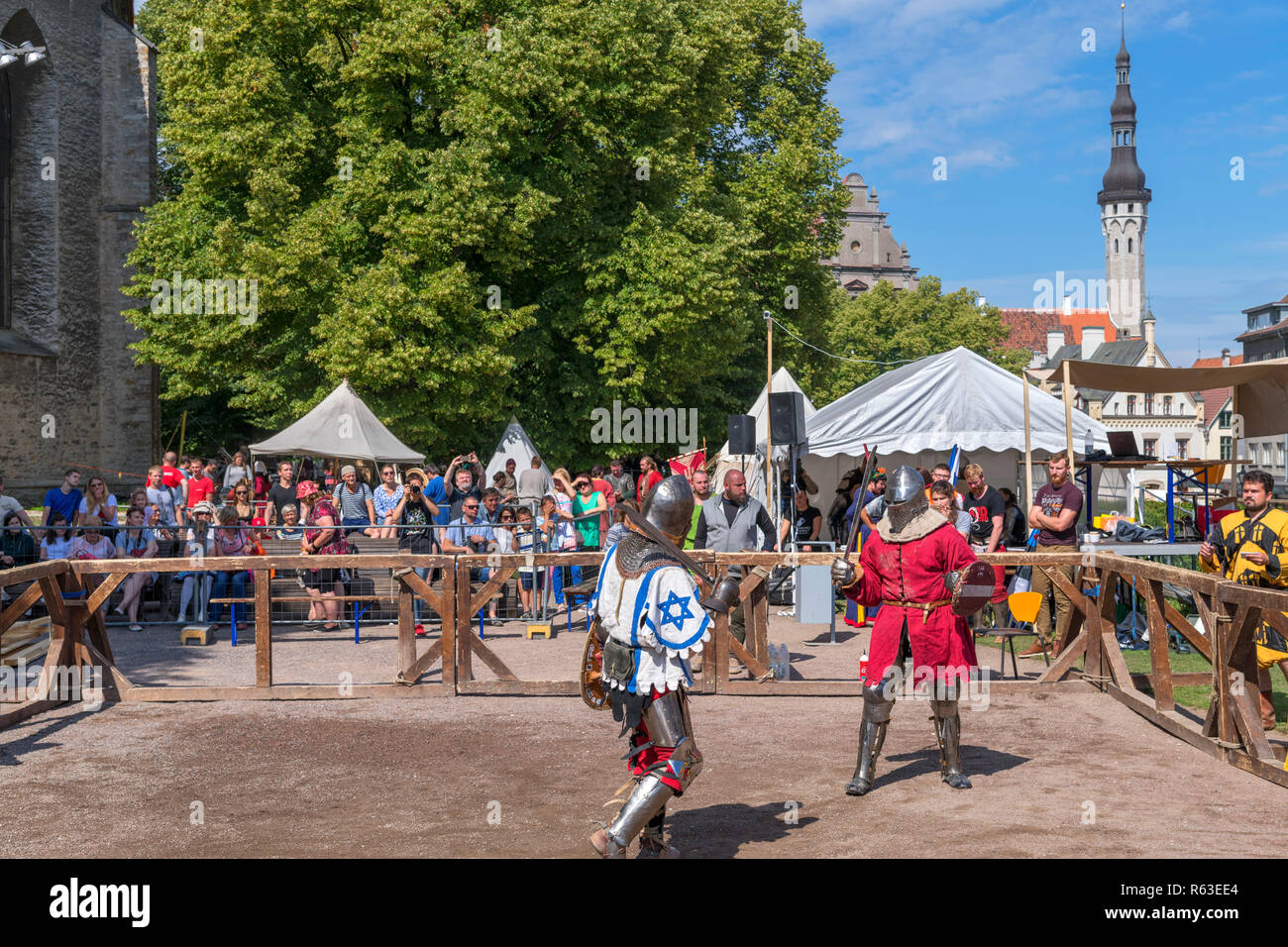 Sword fighting at the July 2018 Medieval Days Festival in the historic Old Town, Tallinn, Estonia - Stock Image