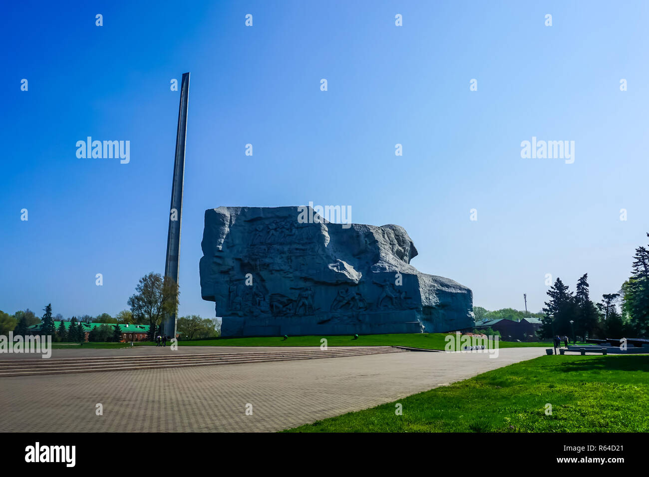 Brest Fortress Hero Complex Obelisk Rock with Carved Soldiers - Stock Image
