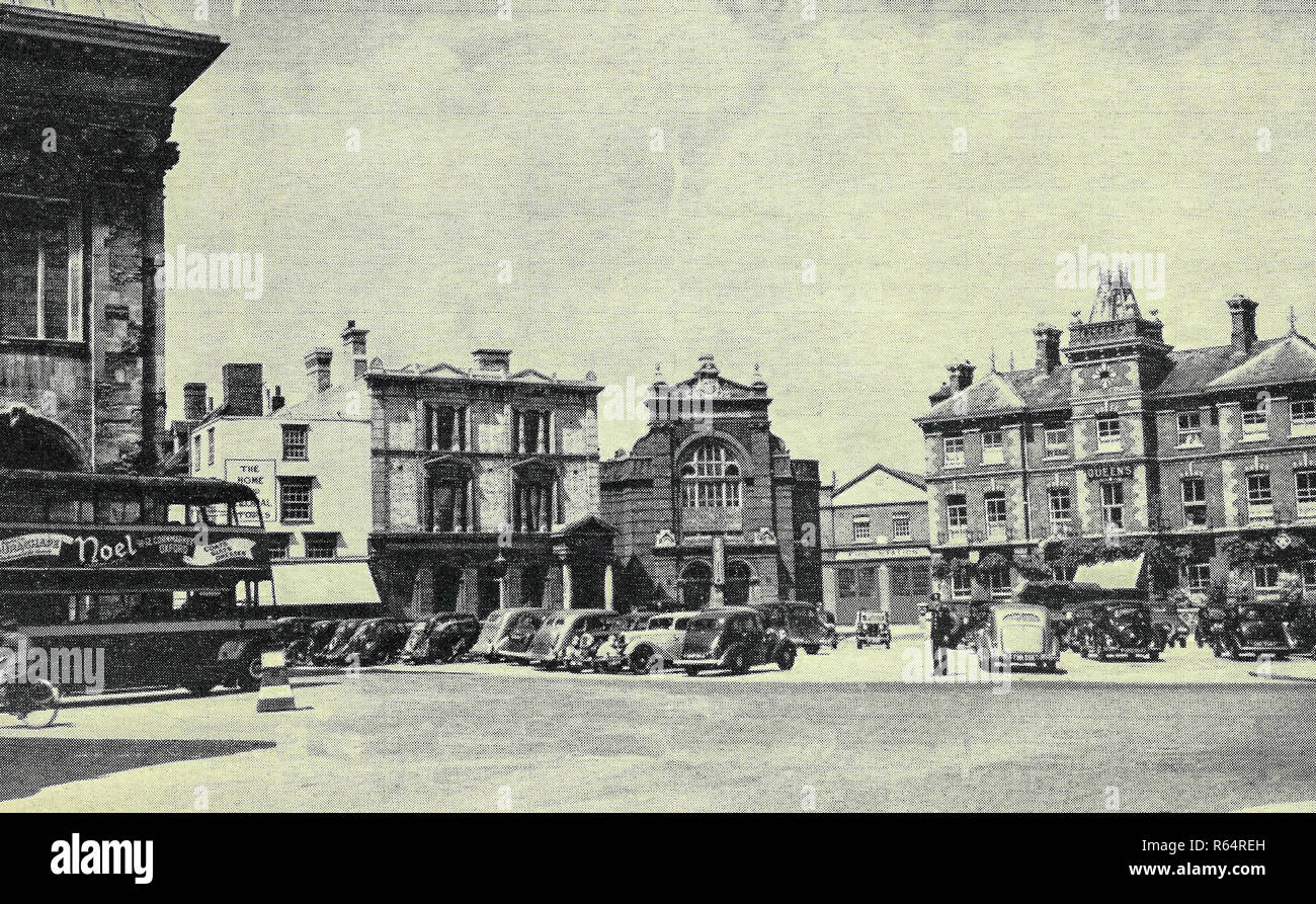 The Market place and queens head hotel Abingdon - Stock Image