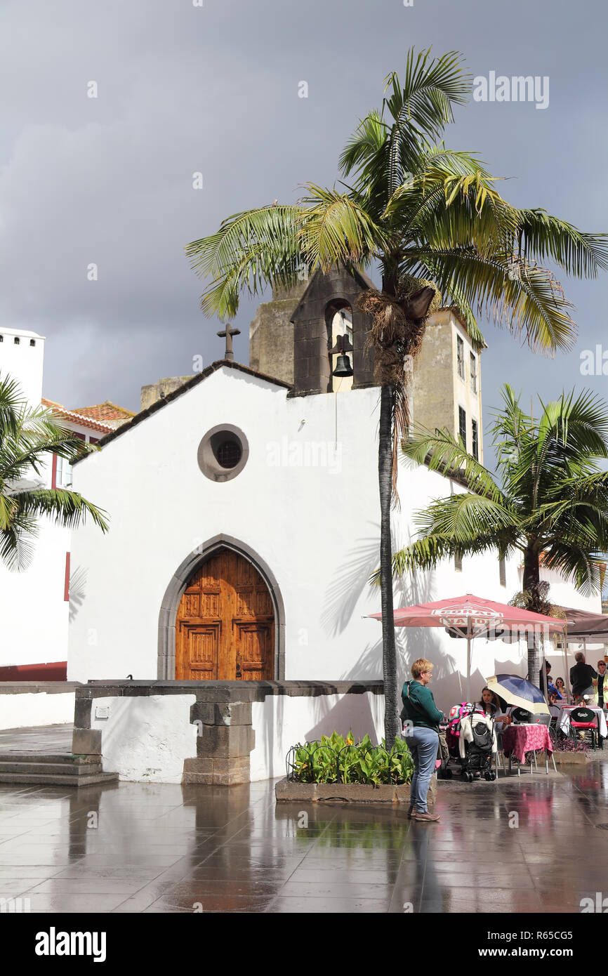 The Corpo Santo Chapel in Funchal after rain - Stock Image