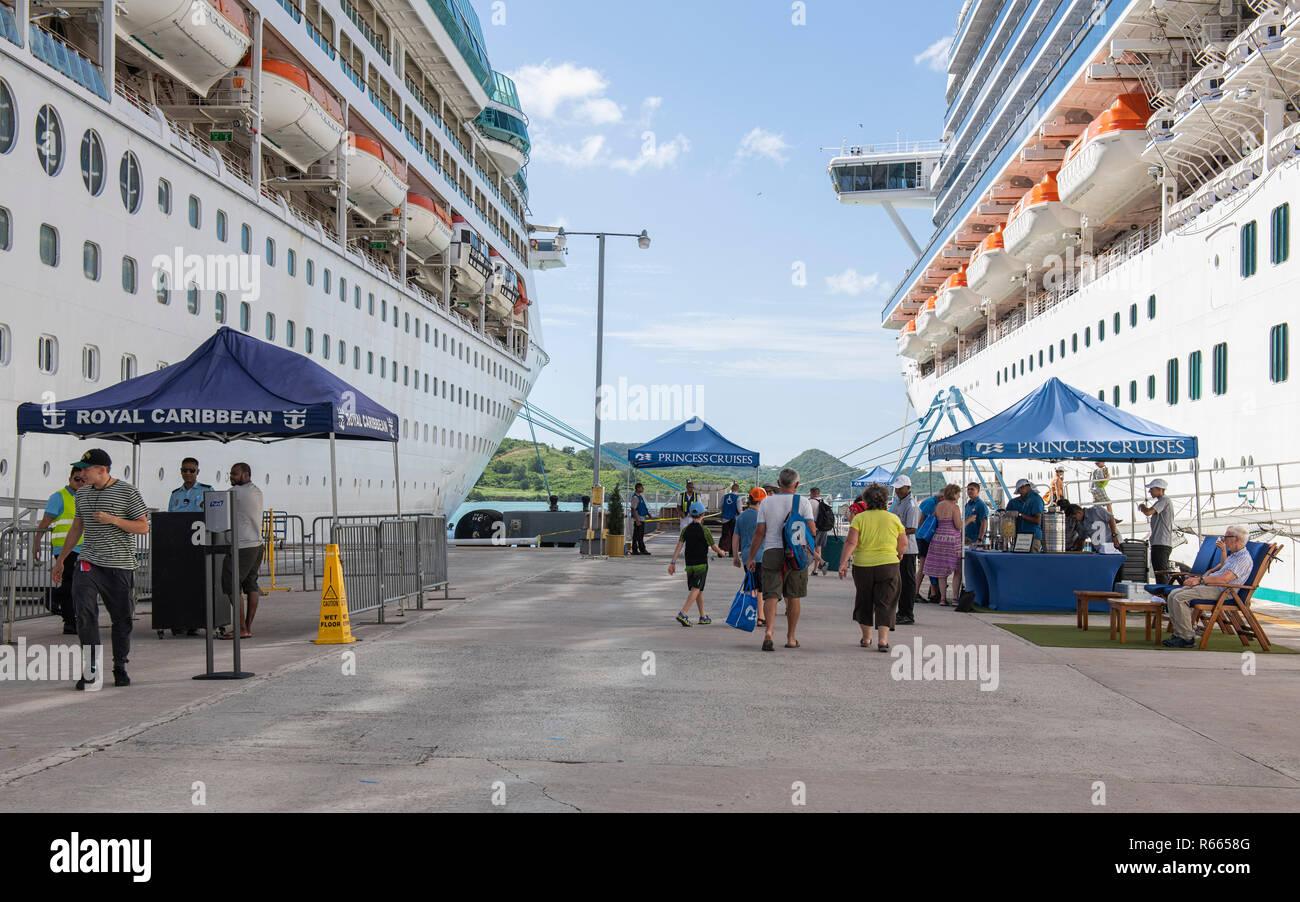 Cruise passengers returning to their ships Grandeur of the Seas and Caribbean Princess at St. John's Antigua - Stock Image